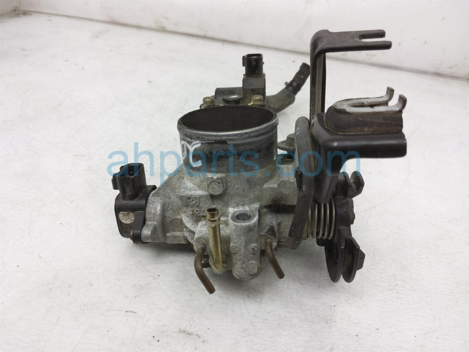 2001 Toyota Camry Throttle Body 22210 03090 Replacement