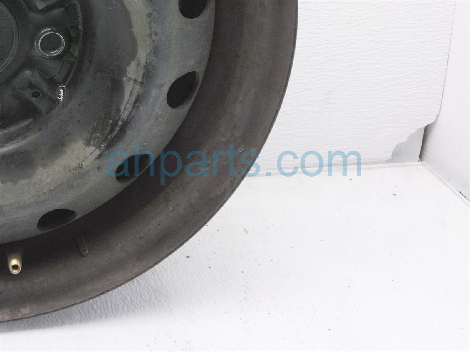 2001 Toyota Camry Front Driver Wheel/rim 42611 06030 Replacement