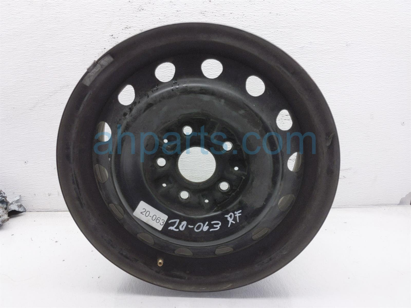 2001 Toyota Camry Front Passenger Wheel/rim 42611 06030 Replacement