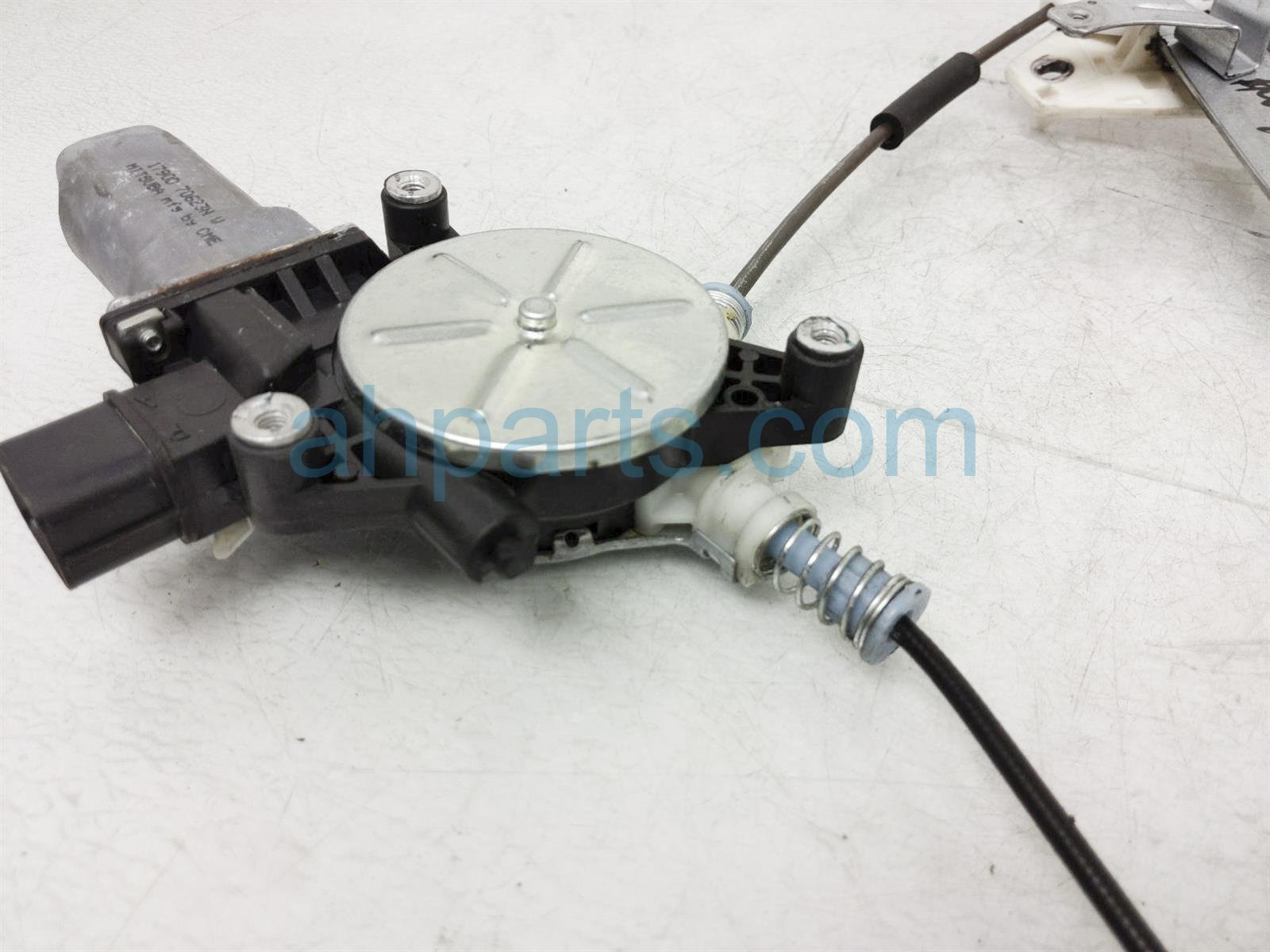 2007 Honda Accord Front Passenger Window Regulator & Motor 72210 SDA A02 Replacement