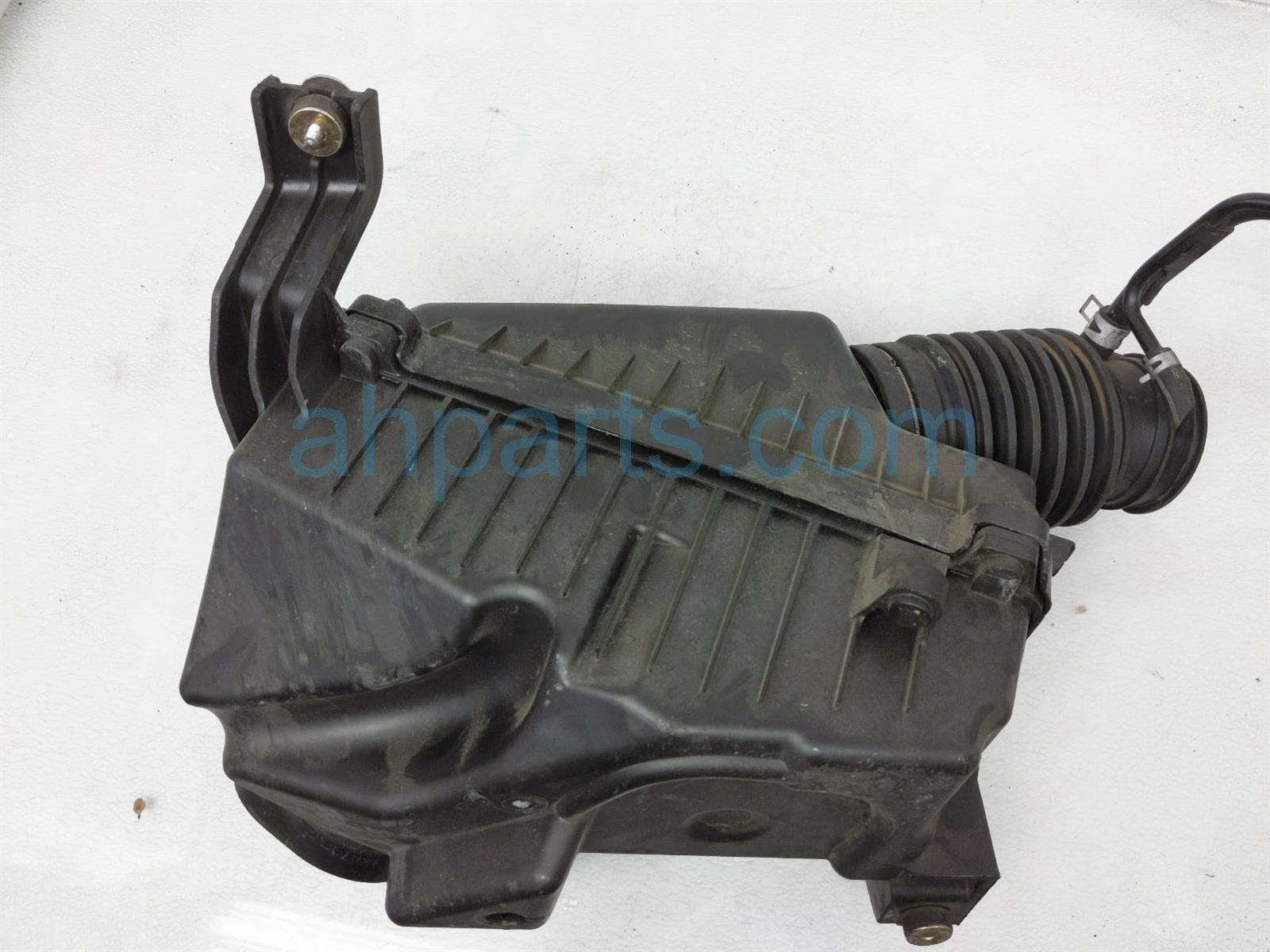 2007 Honda Accord Air Cleaner Intake Box 17244 RCA S00 Replacement