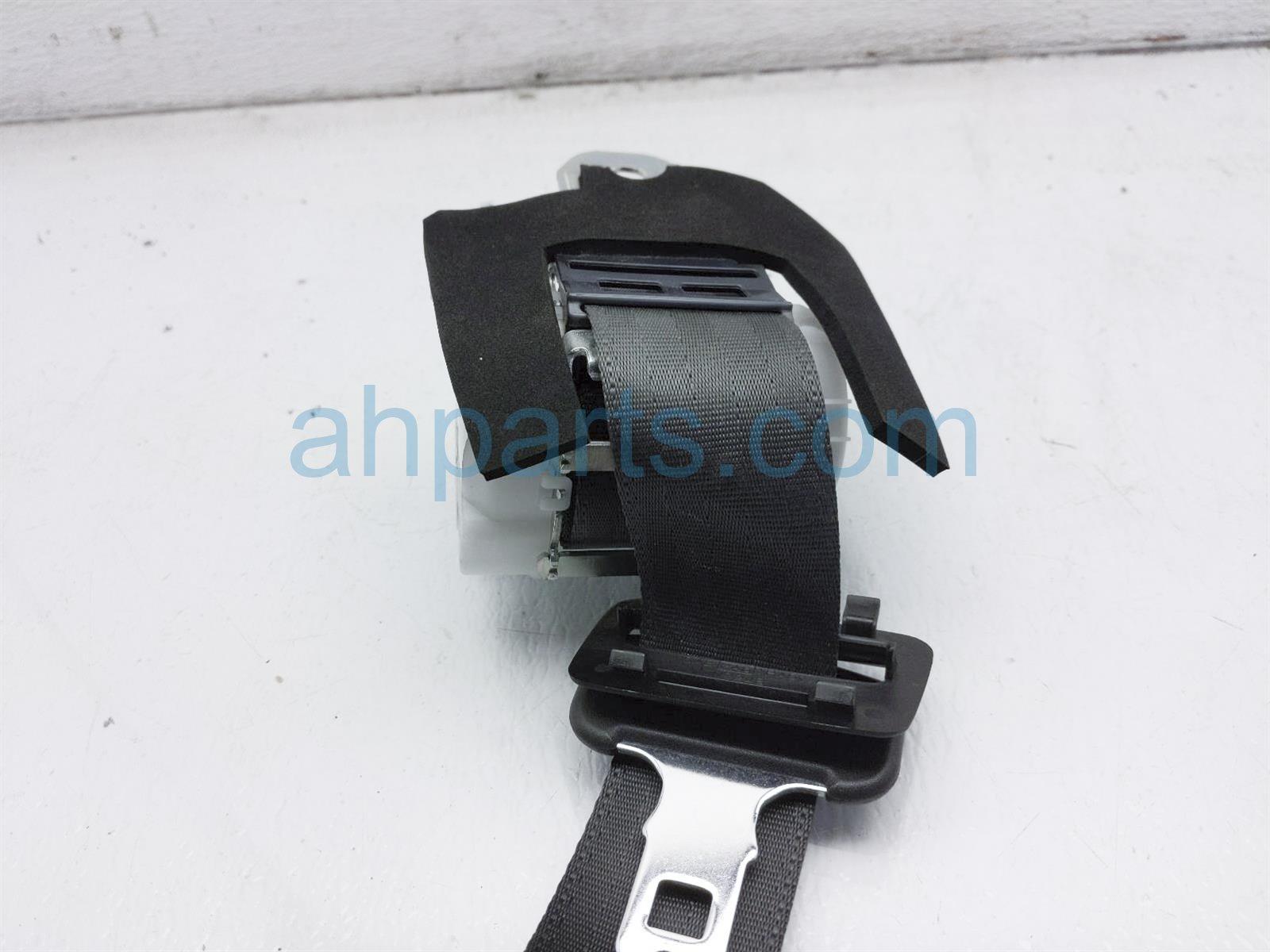 2011 Infiniti G37 Rear 2nd Row Mid Seat Belt   Black 88854 JK70B Replacement
