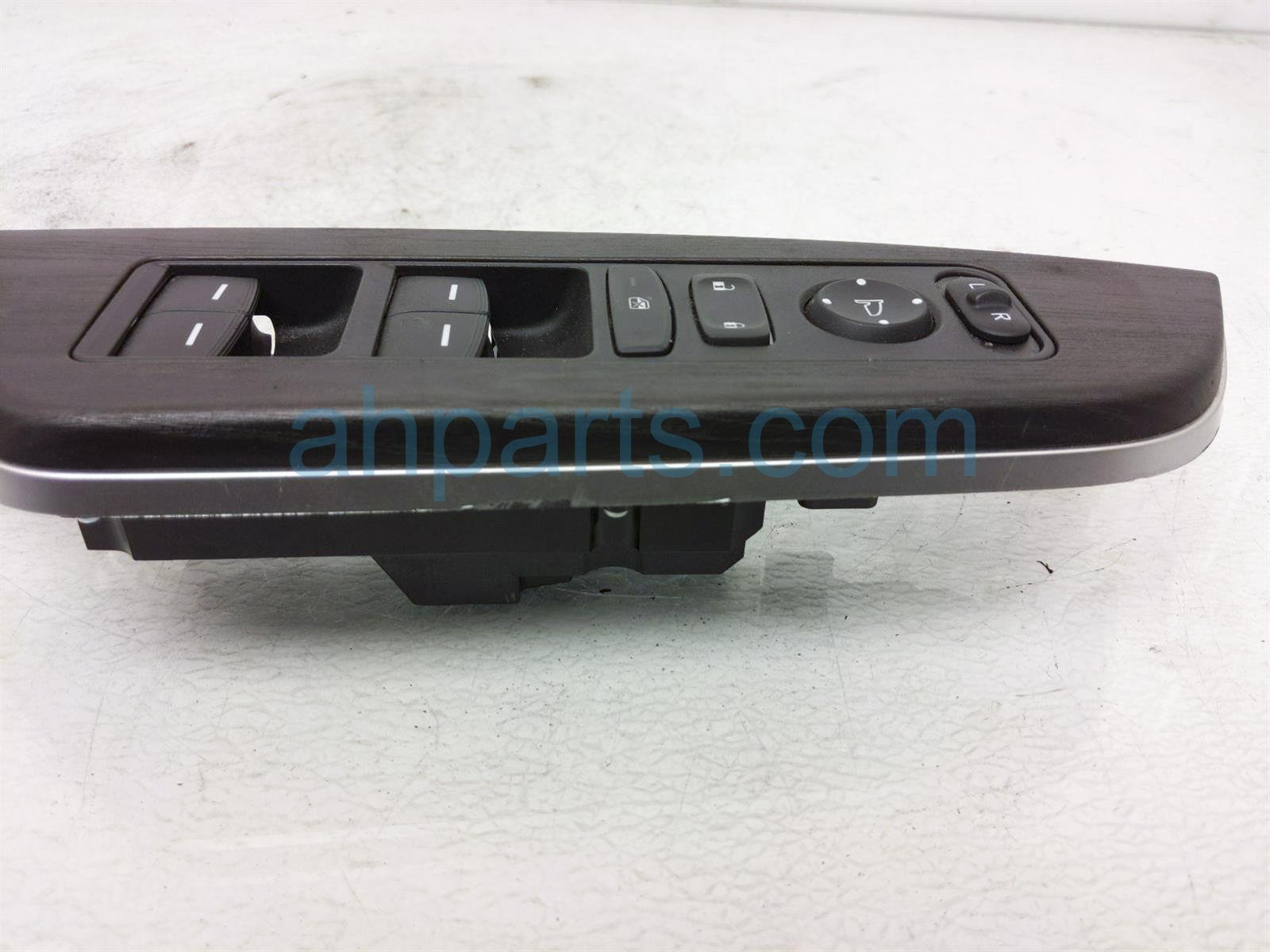 2018 Honda Clarity Power / Master Window Control Switch 35750 TRW A61 Replacement