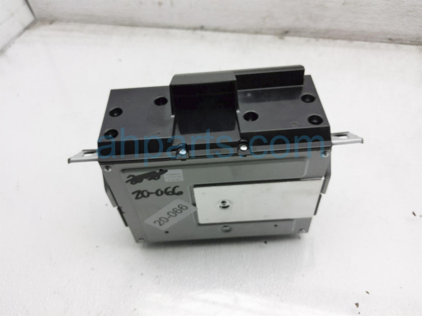 2018 Honda Clarity Am/fm Radio Audio Unit Assy 39101 TRW A22 Replacement