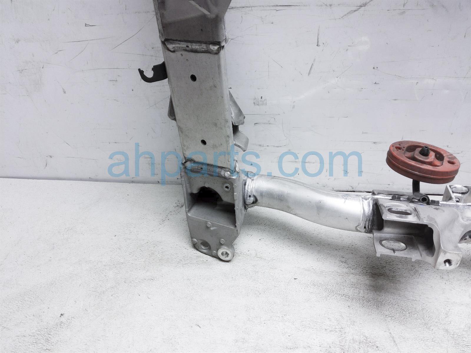 2018 Honda Clarity Crossmember Rear Sub Frame / Cradle 50300 TRW A02 Replacement