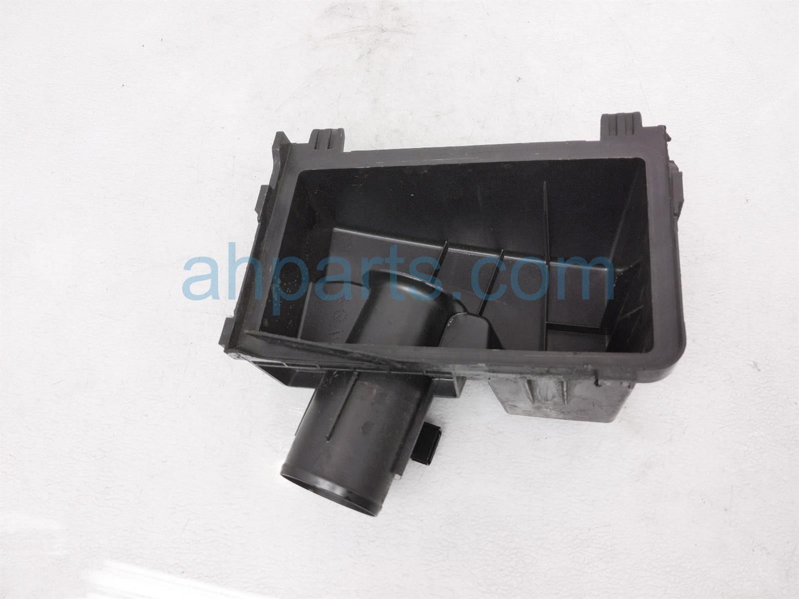 2018 Honda Clarity Air Cleaner Intake Box Top Cover 17201 5WJ A01 Replacement
