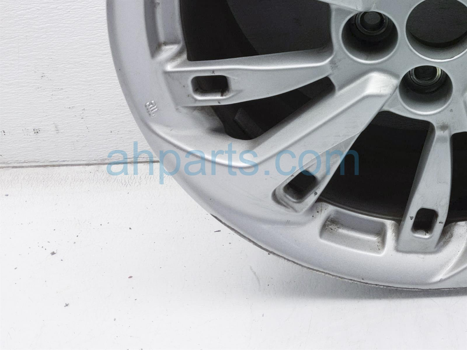 Sold 2018 Honda Clarity Rear Driver Wheel/rim   Curb Rash 08W18 TRT 100 Replacement