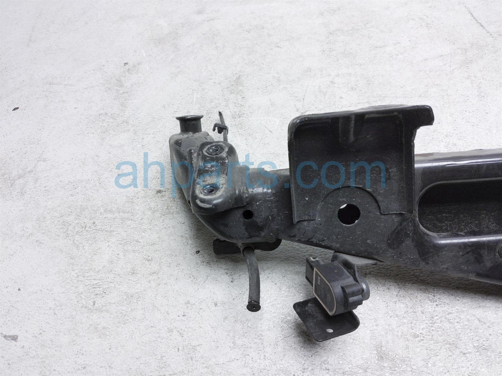 2014 BMW Clubman Minicooper Crossmember Rear Sub Frame / Cradle 33 31 6 772 667 Replacement