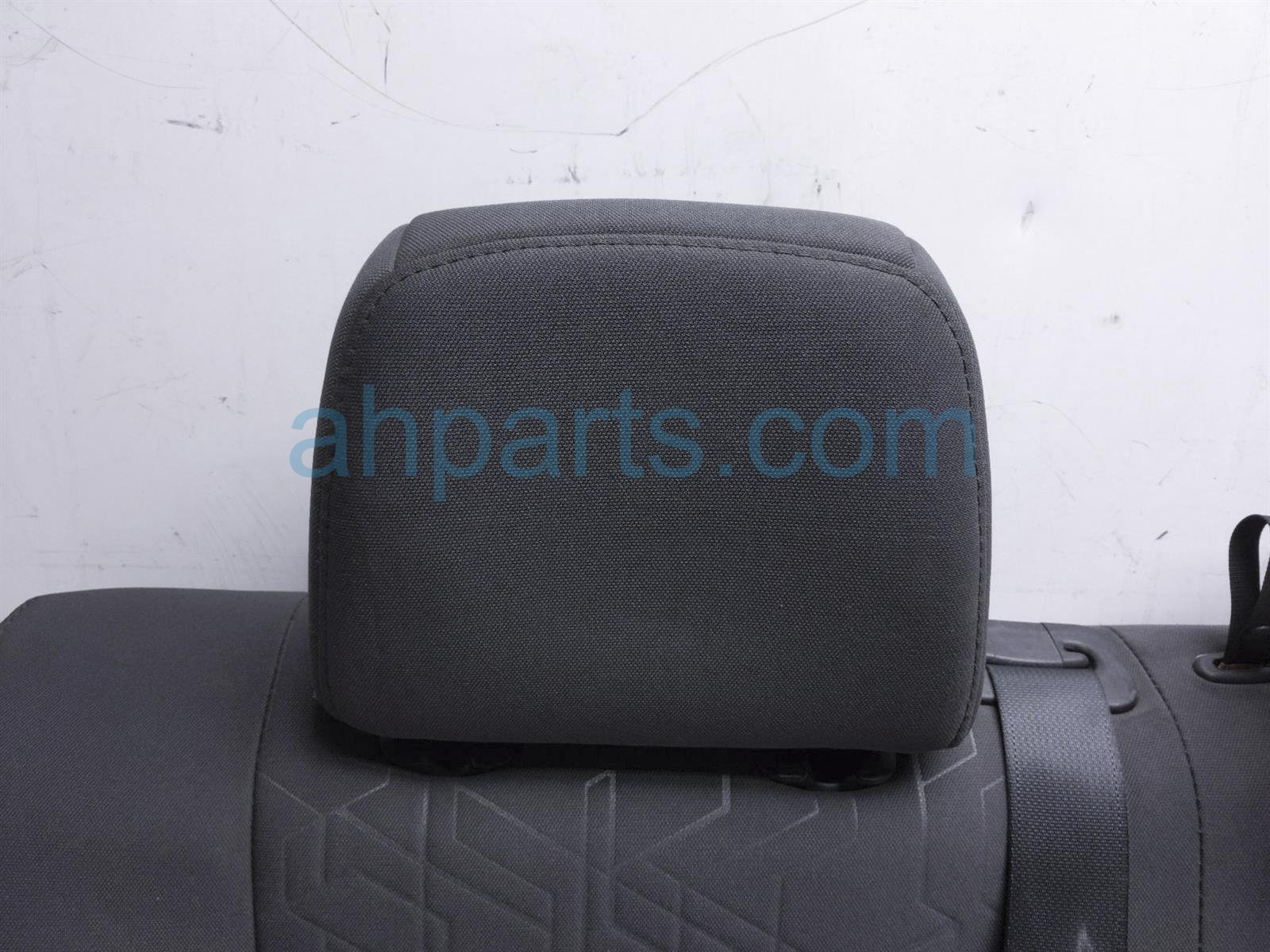 2017 Toyota Tacoma Back (2nd Row) Rear Passenger Seat Upper Portion   Black 71077 04292 C6 Replacement