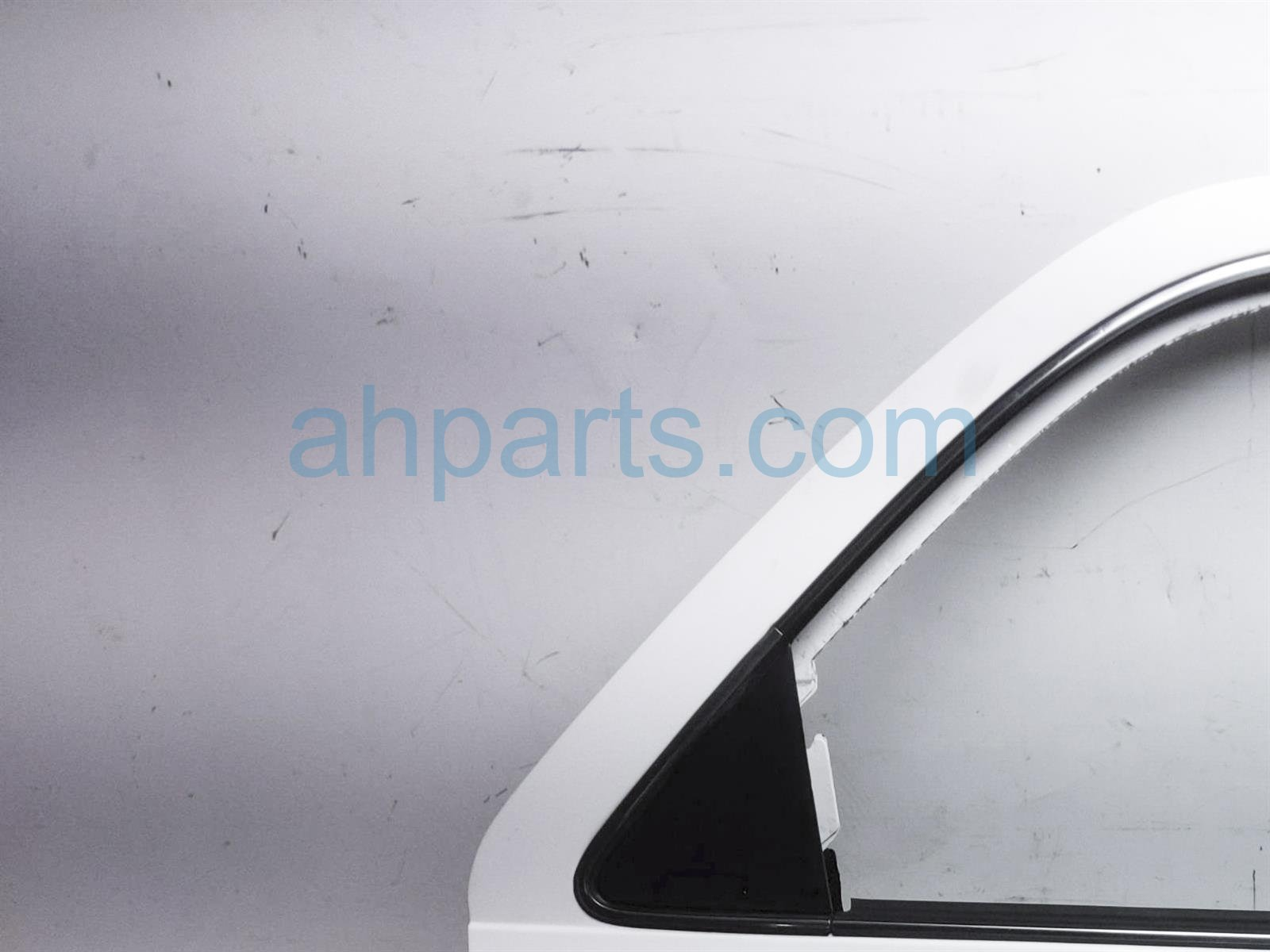 2001 Toyota Camry Rear Passenger Door Shell   White 67003 AA020 Replacement