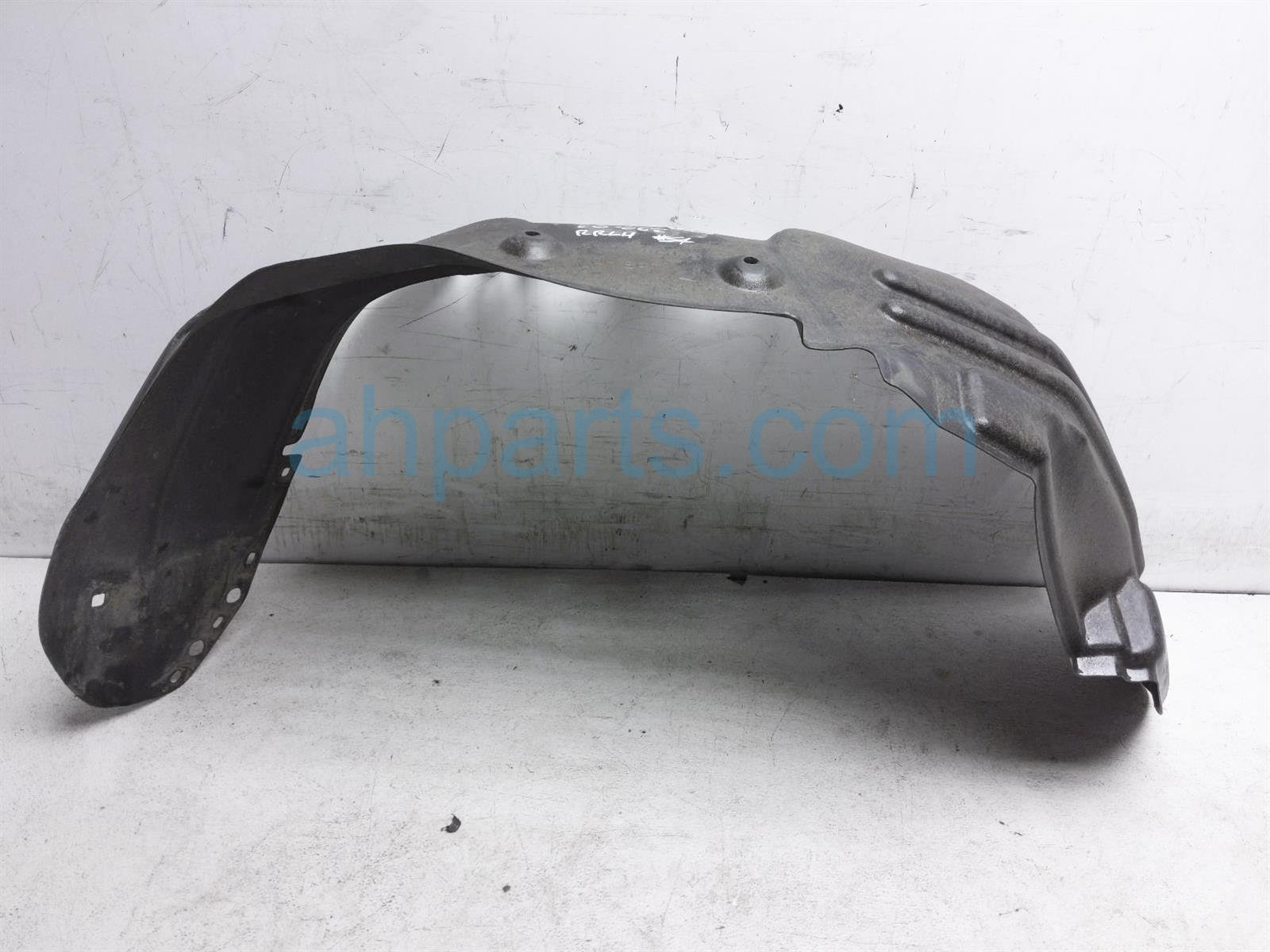 2017 Toyota Tacoma Rear Driver Inner Fender Liner 65638 04070 Replacement