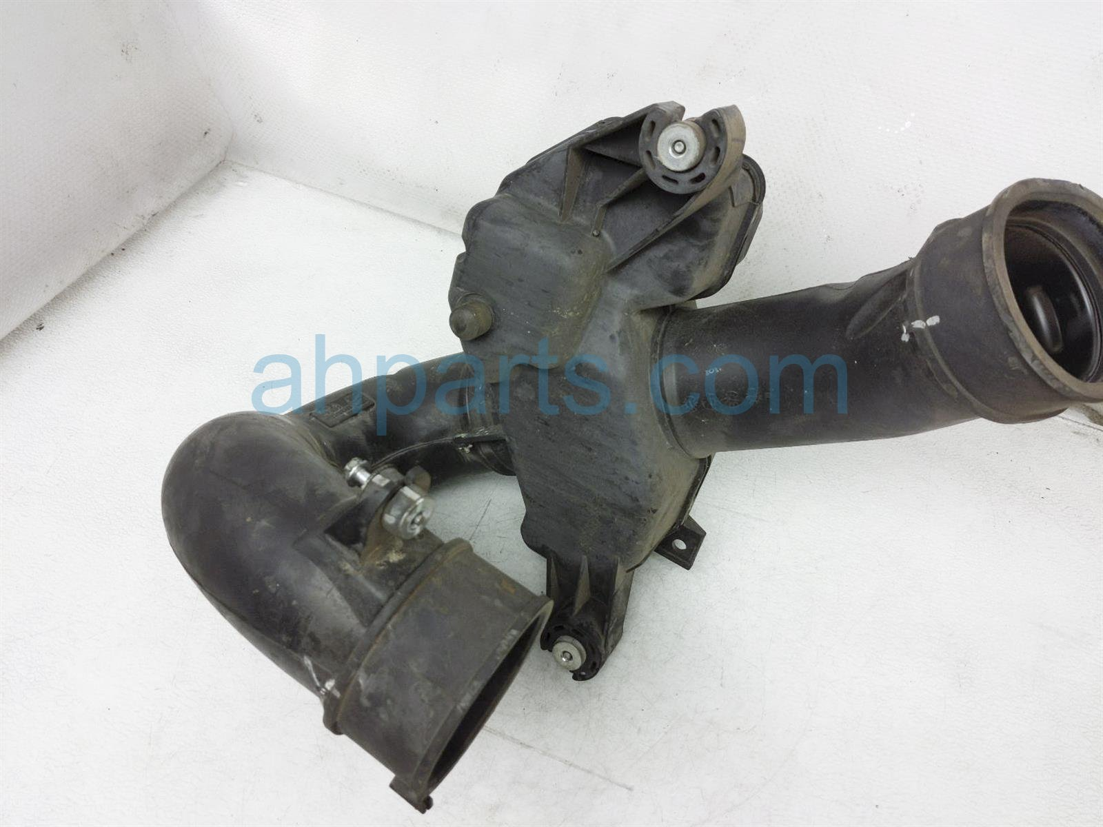 Sold 2007 Honda Accord Intake Air Cleaner Resonator Chamber Assy 17230 RCA A10 Replacement