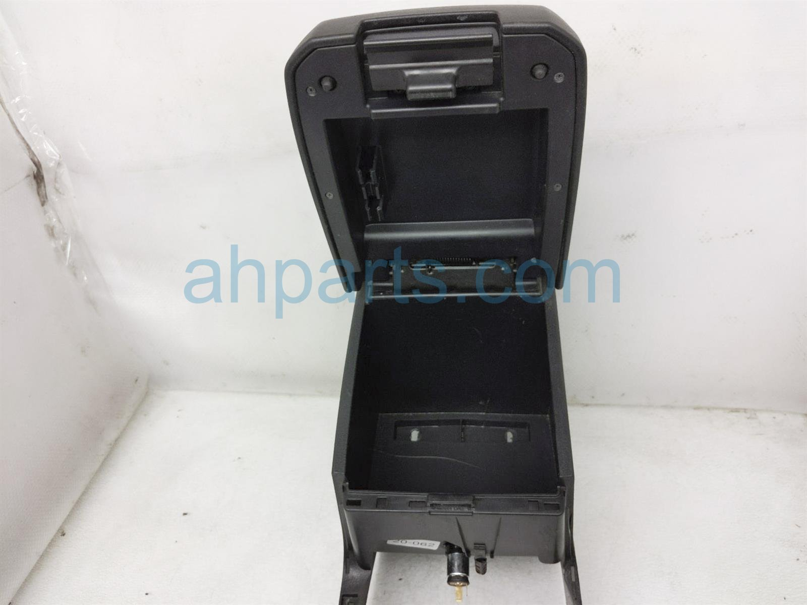 2017 Toyota Tacoma Center Console Armrest   Black 58910 04030 C0 Replacement