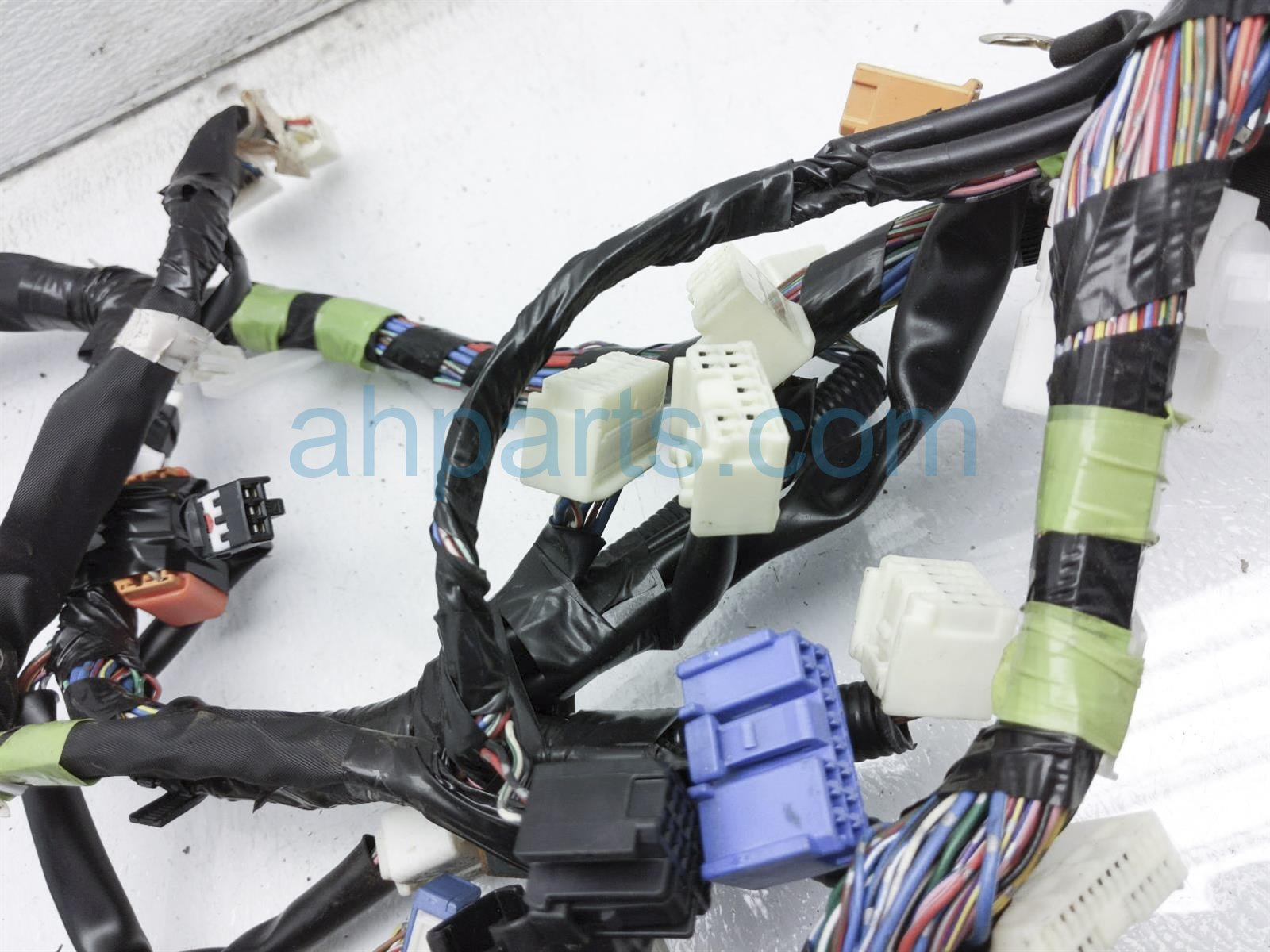 2001 Toyota Camry Instrument Wire Harness 82141 06740 Replacement