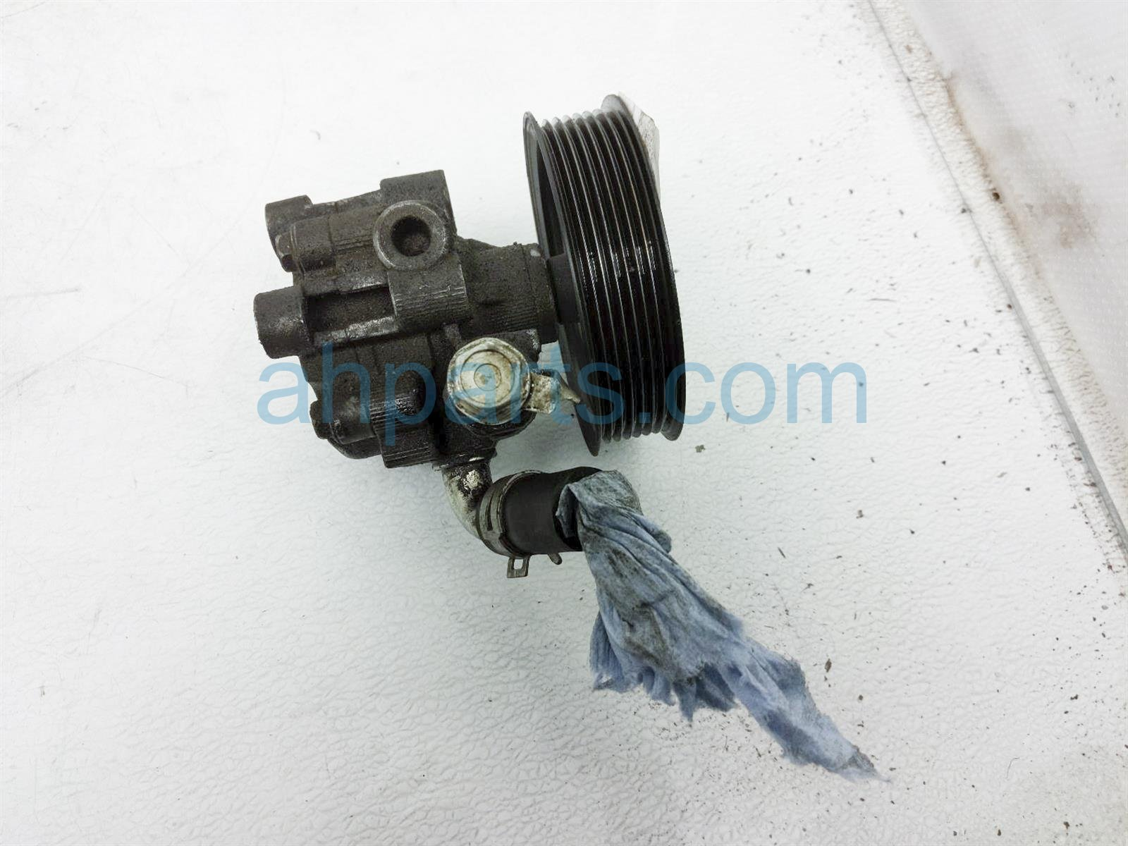 2017 Toyota Tacoma Power Steering Pump 44310 04200 Replacement