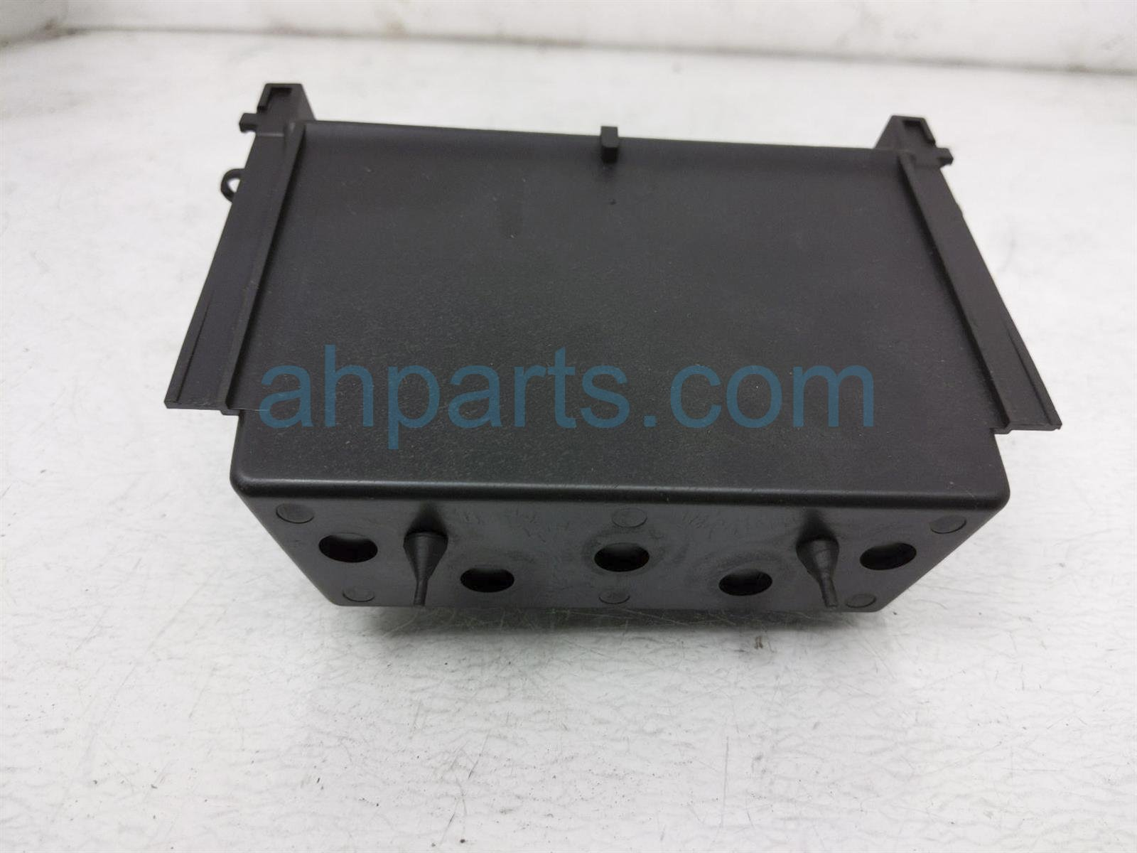 Sold 2011 Porsche Cayman Front Cubby Box Assy   Black 997 553 143 02 A05 Replacement