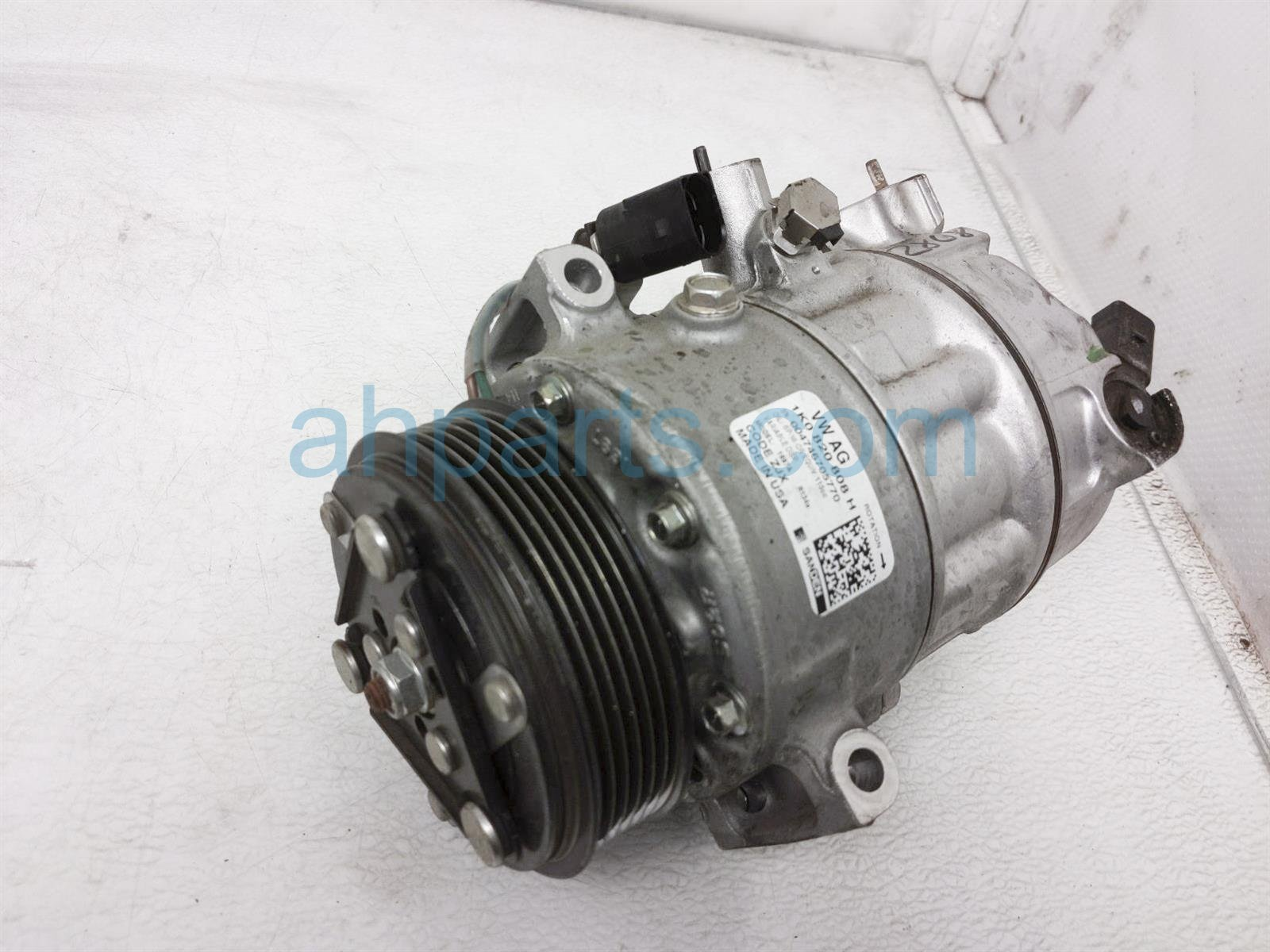 2018 Volkswagen Jetta Air + Clutch Ac Pump / Compressor 1K0 820 808 H Replacement