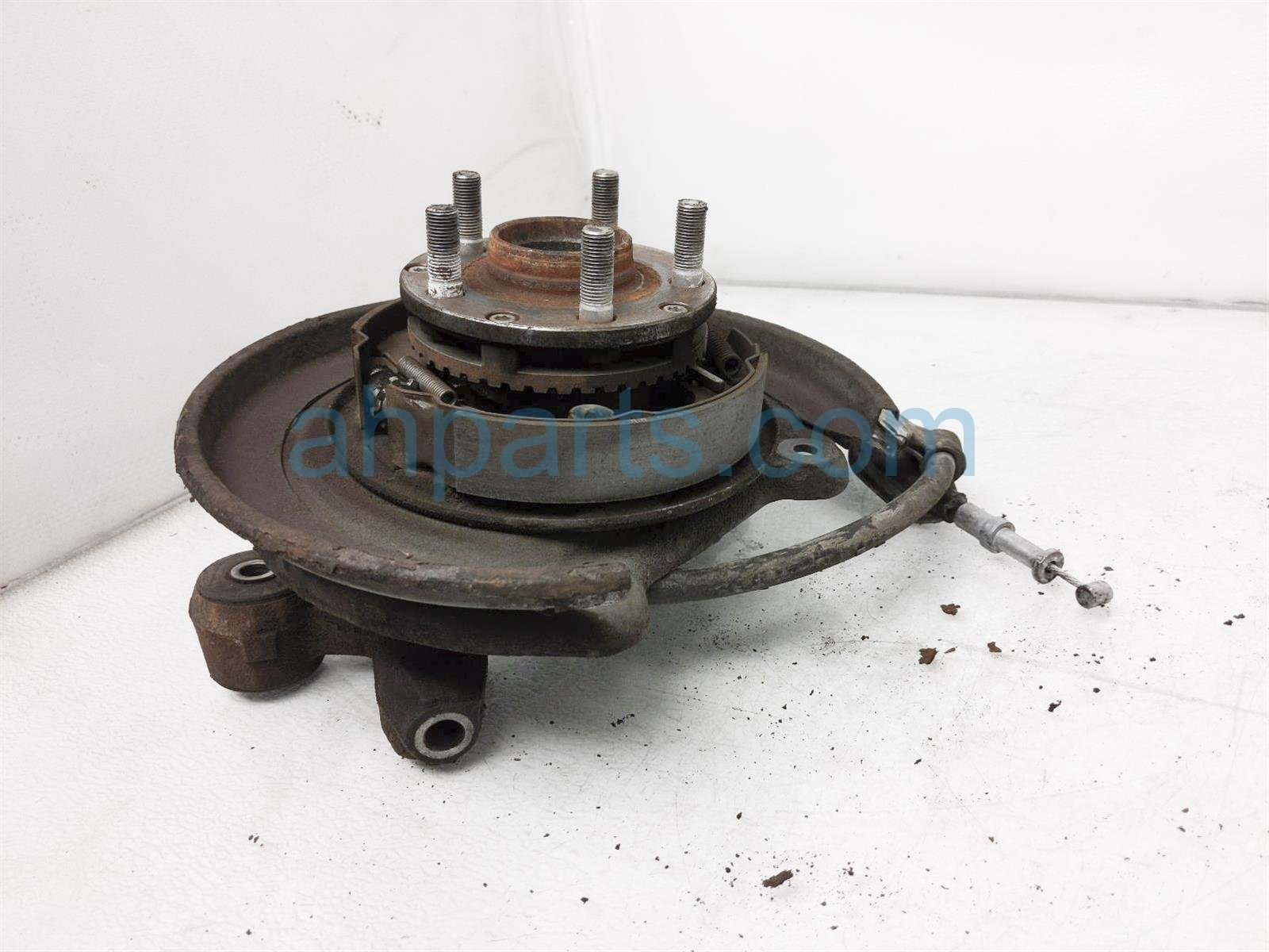 2007 Subaru Impreza Axle Stub Rear Driver Spindle Knuckle Hub 28411FA010 Replacement