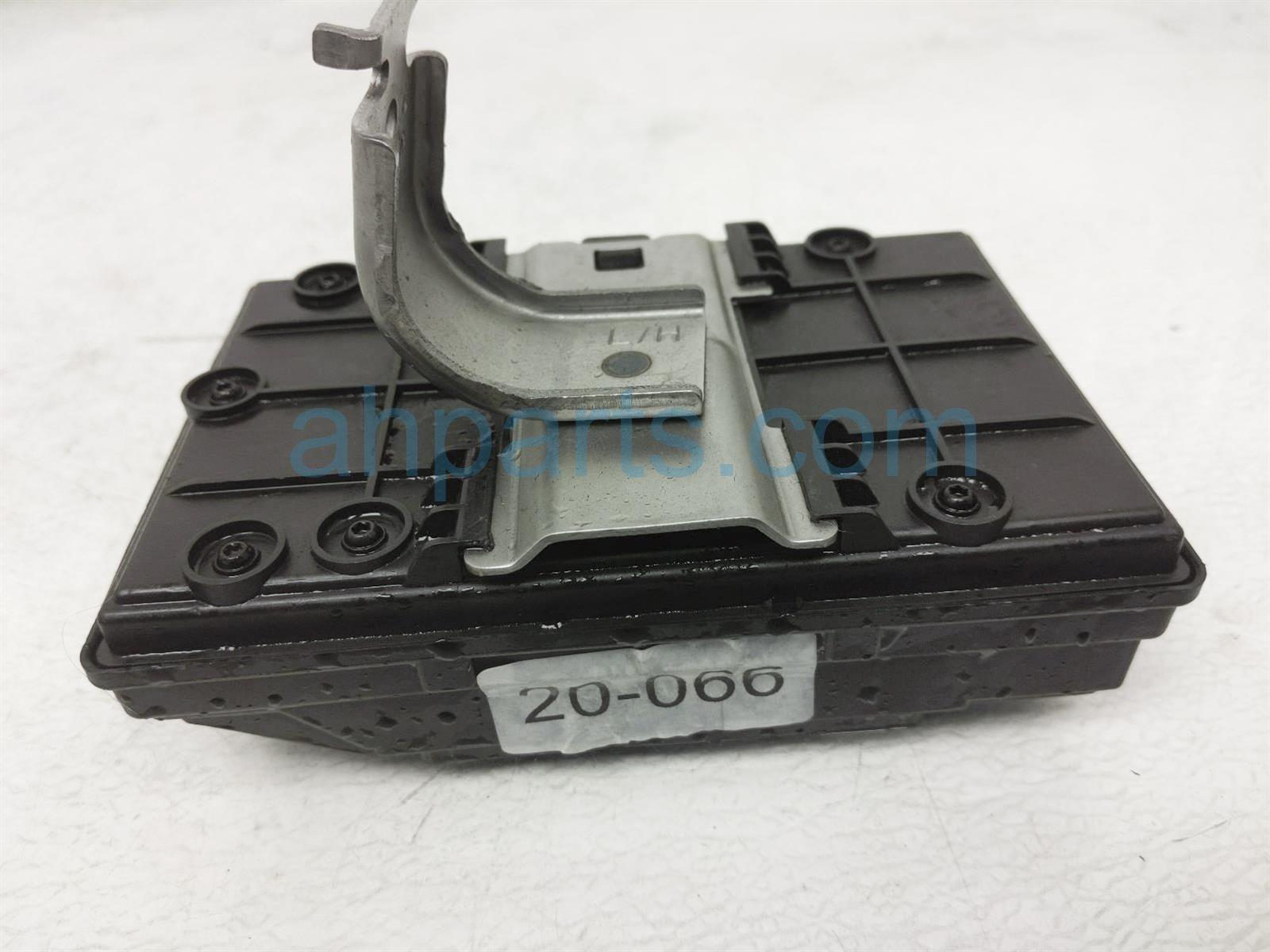 2018 Honda Clarity Body Control Module 38809 TRW A01 Replacement