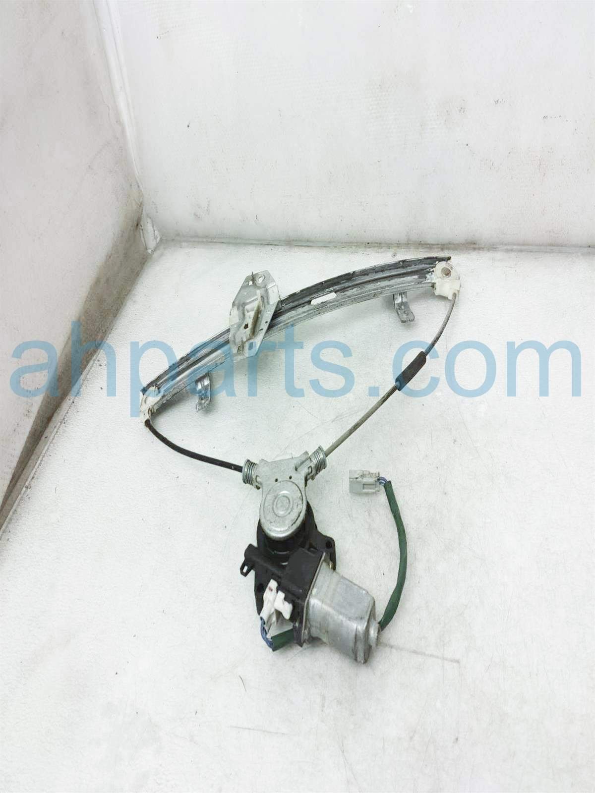 2003 Honda Insight Front 2dr Passenger Window Regulator & Motor 72210 S3Y A04 Replacement