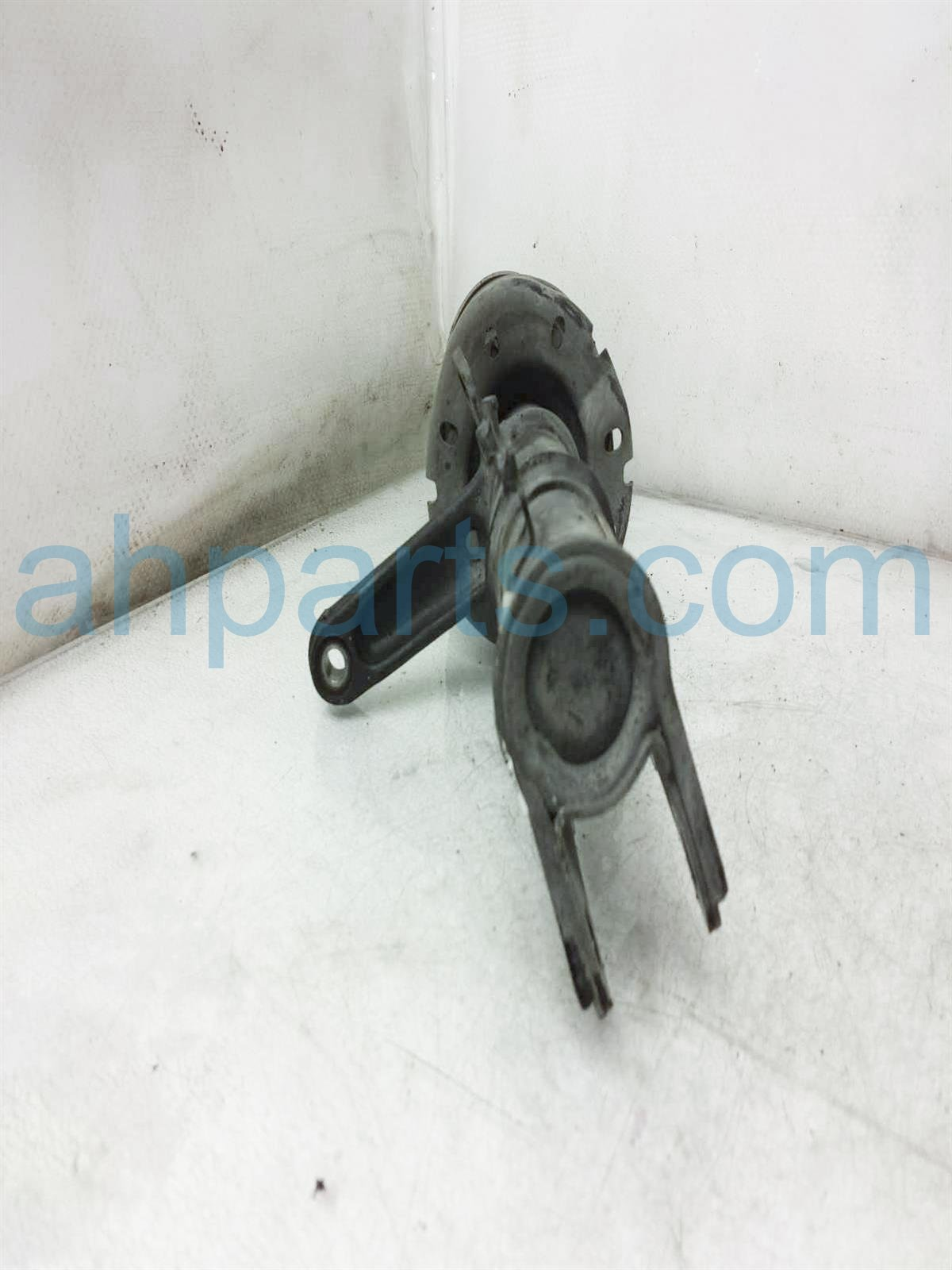 2003 Honda Insight Front Driver Strut + Spring 51602 S3Y A11 Replacement