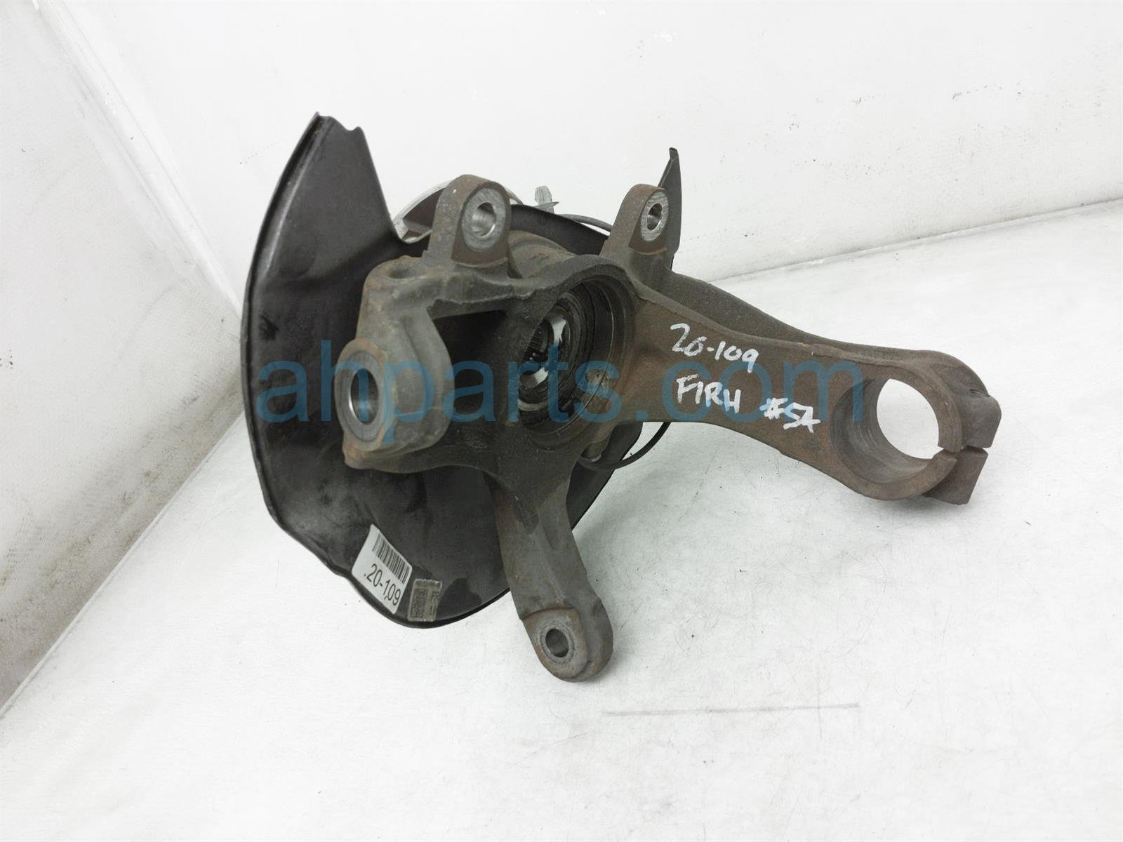 2019 Honda Pilot Front Passenger Spindle Knuckle Hub 44600 TG7 A00 Replacement