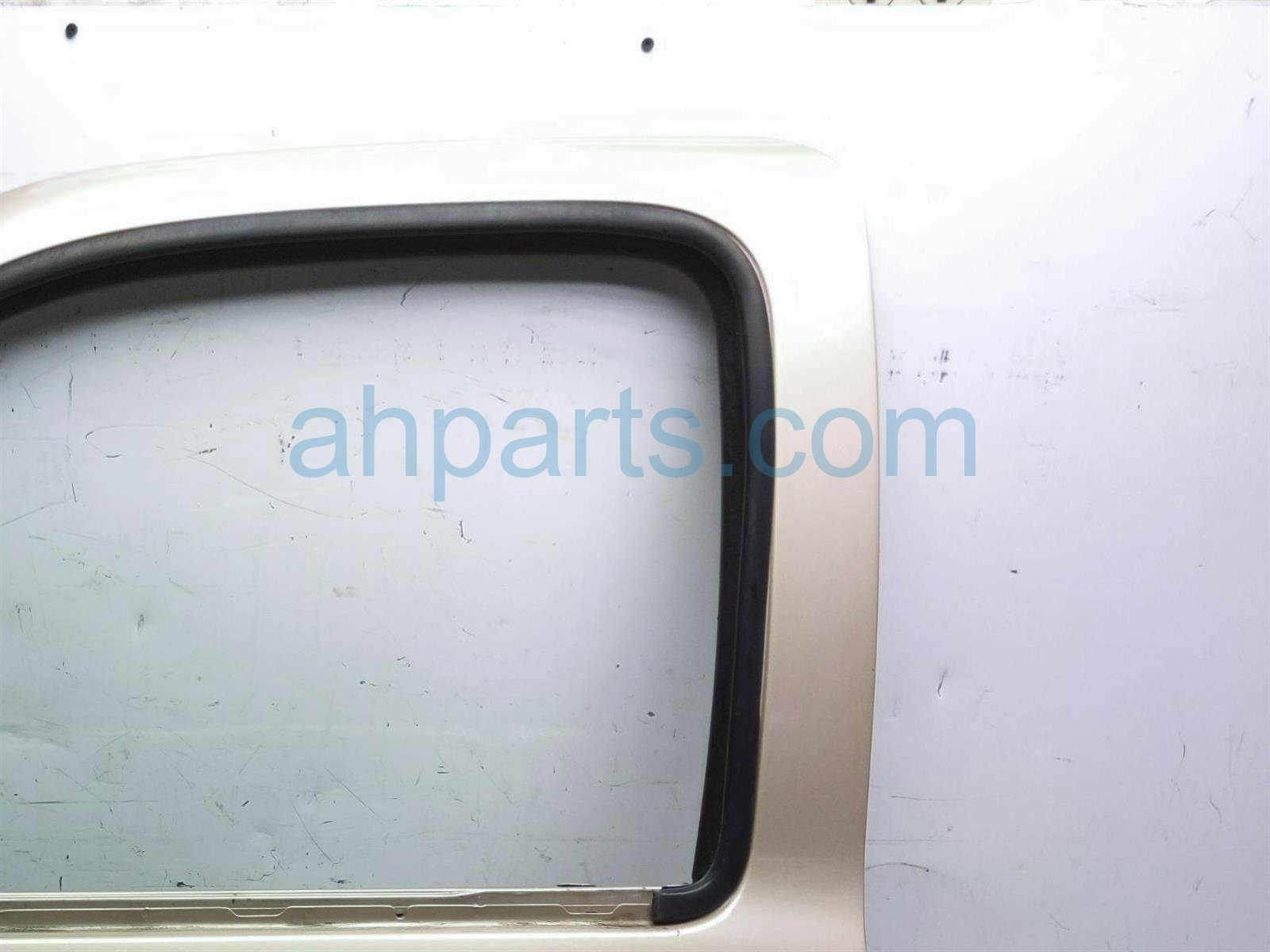 2000 Toyota Tacoma Front Driver Door   Gold   Shell Only 67002 04120 Replacement