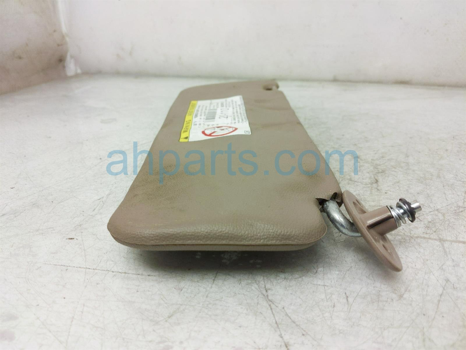 2000 Toyota Tacoma Driver Sun Visor   Brown   See 74320 35560 B0 Replacement