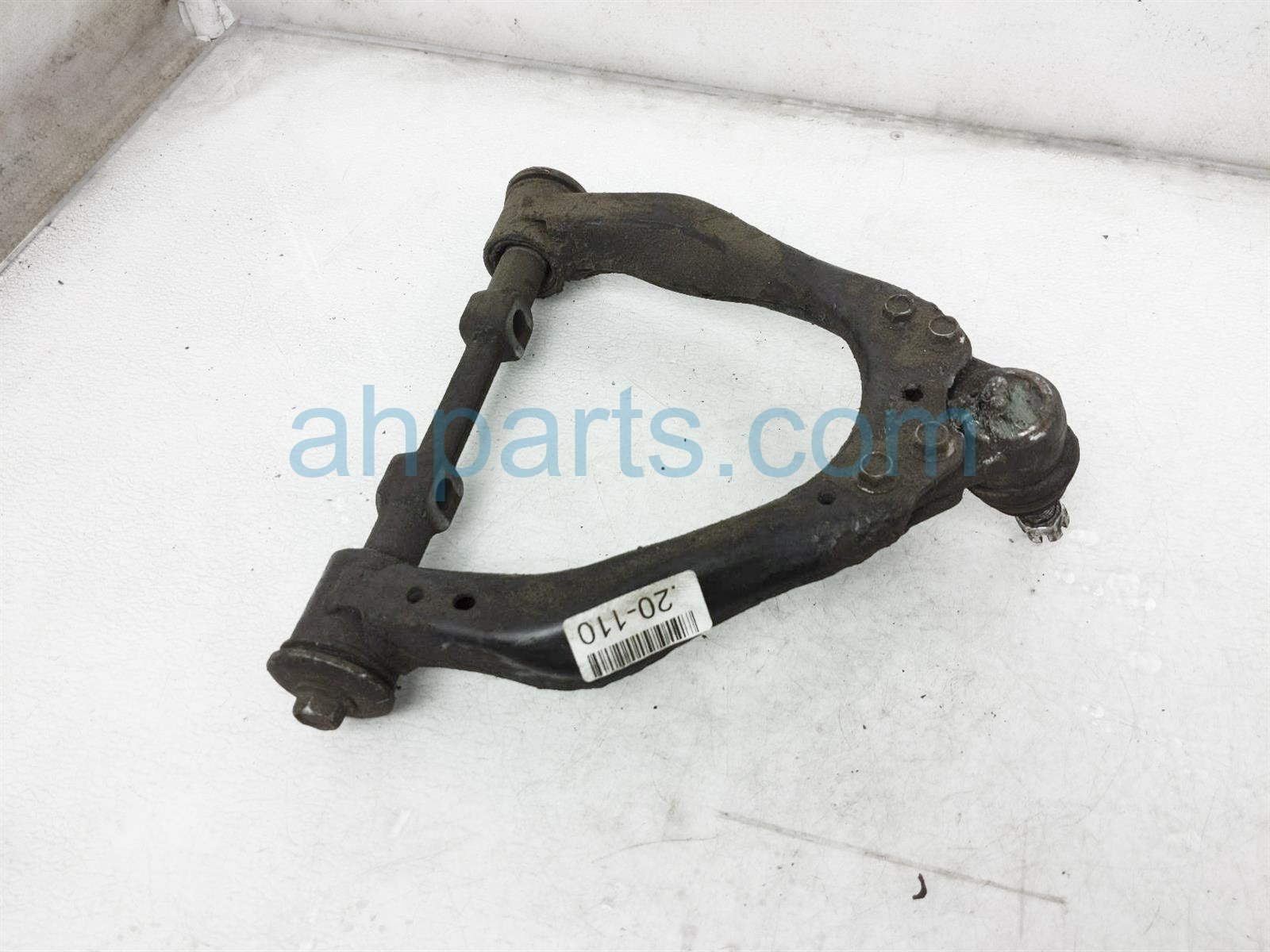 2000 Toyota Tacoma Front Driver Upper Control Arm 48067 35050 Replacement