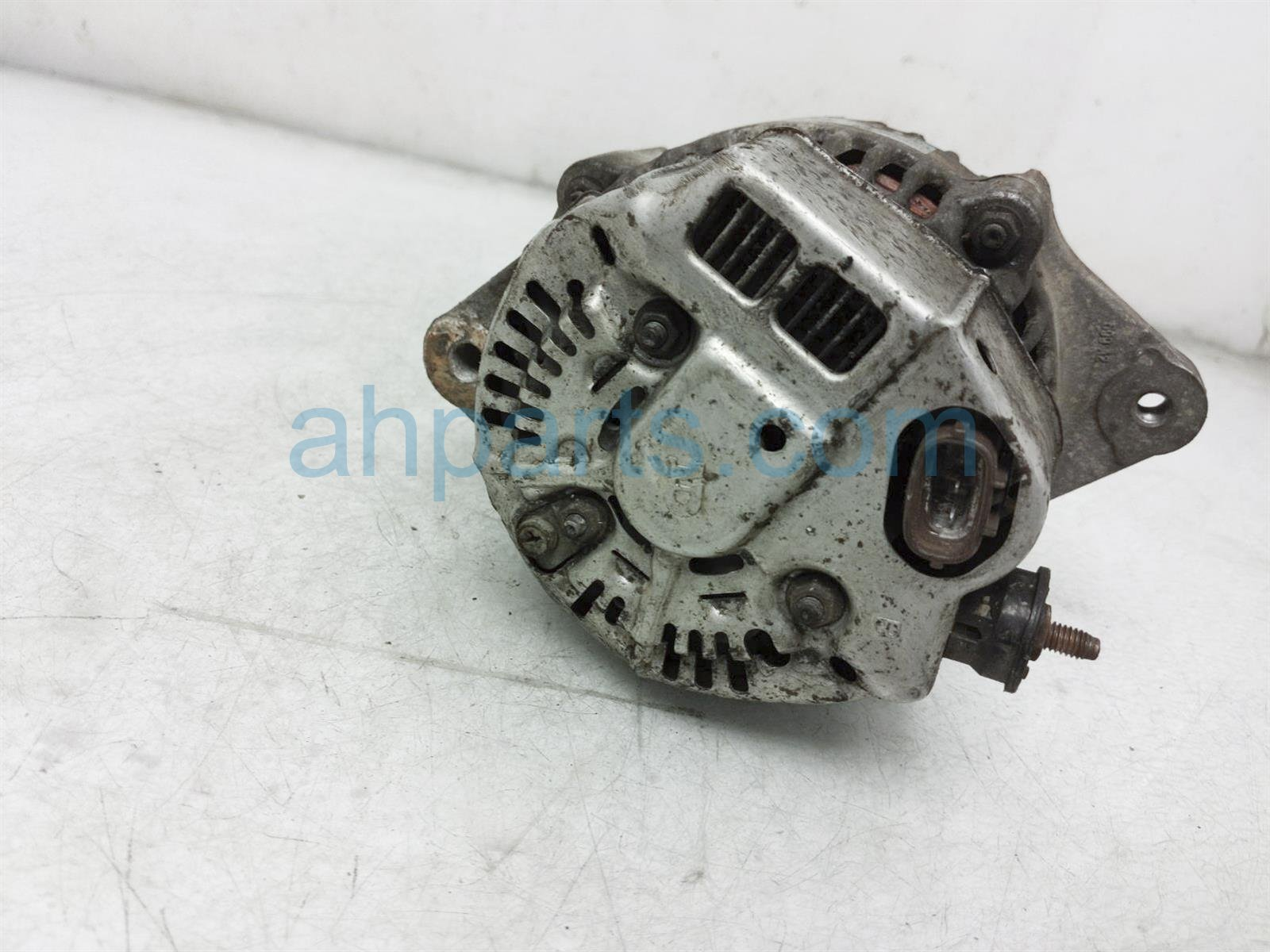 2000 Toyota Tacoma Alternator / Generator 27060 75210 Replacement