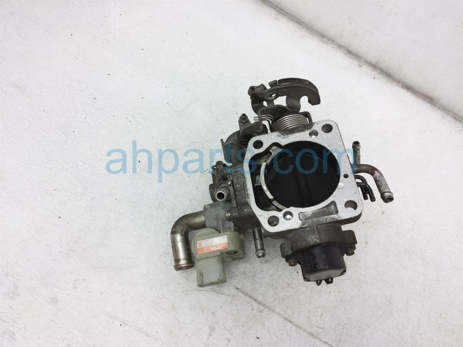 2000 Toyota Tacoma Throttle Body 22210 75220 Replacement