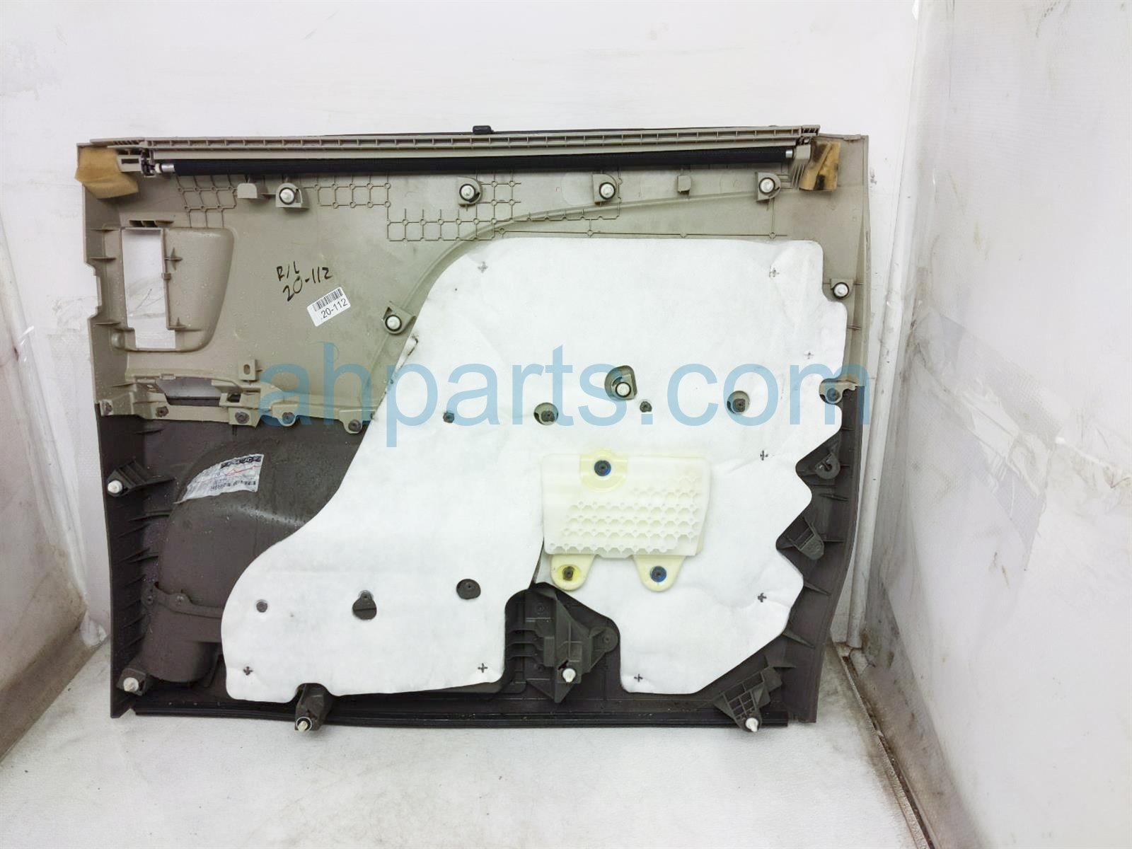 2013 Toyota Sienna Trim Liner Rear Driver Interior Door Panel   Tan/grey 67690 08201 E0 Replacement