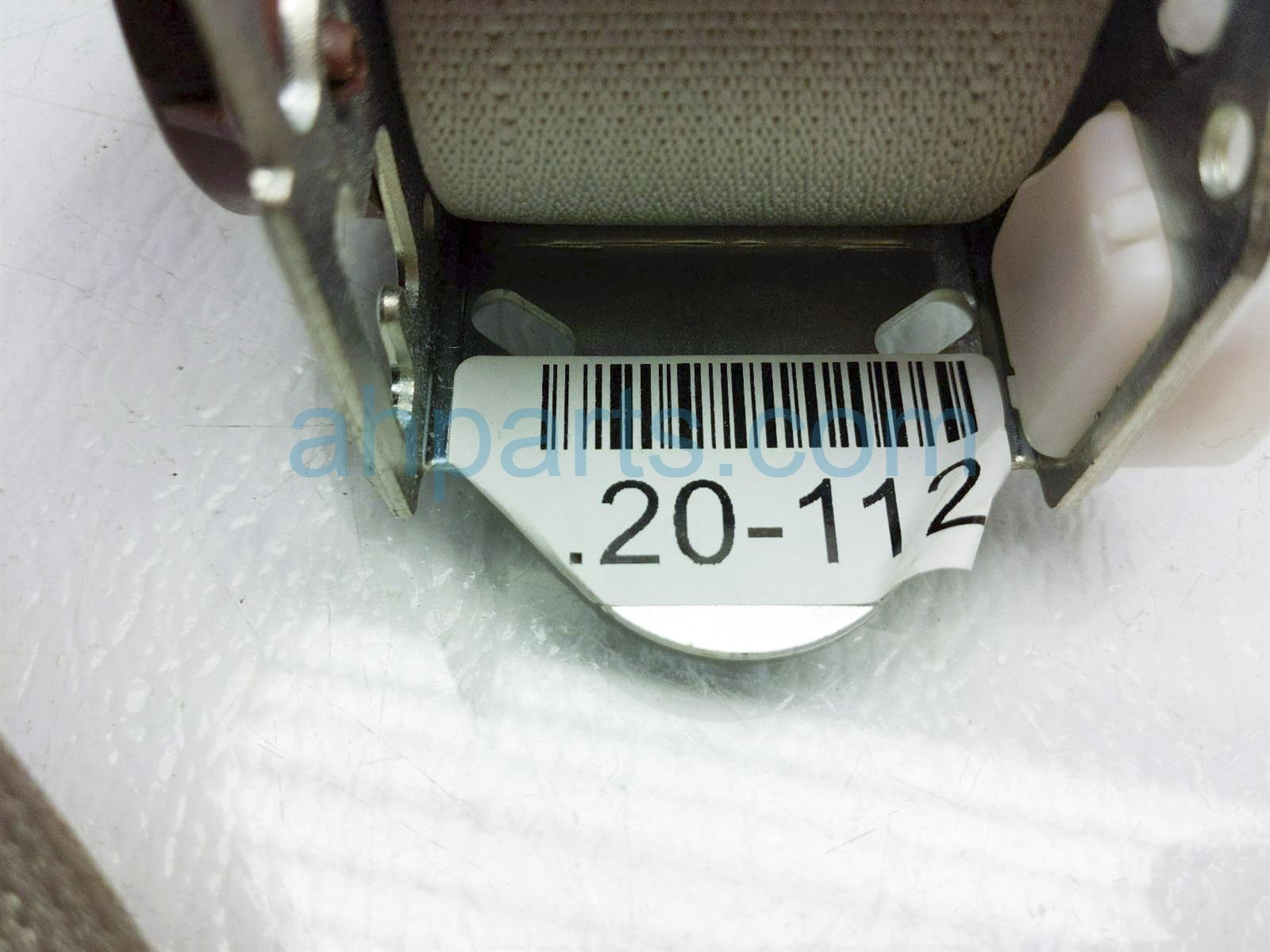 2013 Toyota Sienna Rear 2nd Row Driver Seat Belt   Tan 73370 08040 B1 Replacement