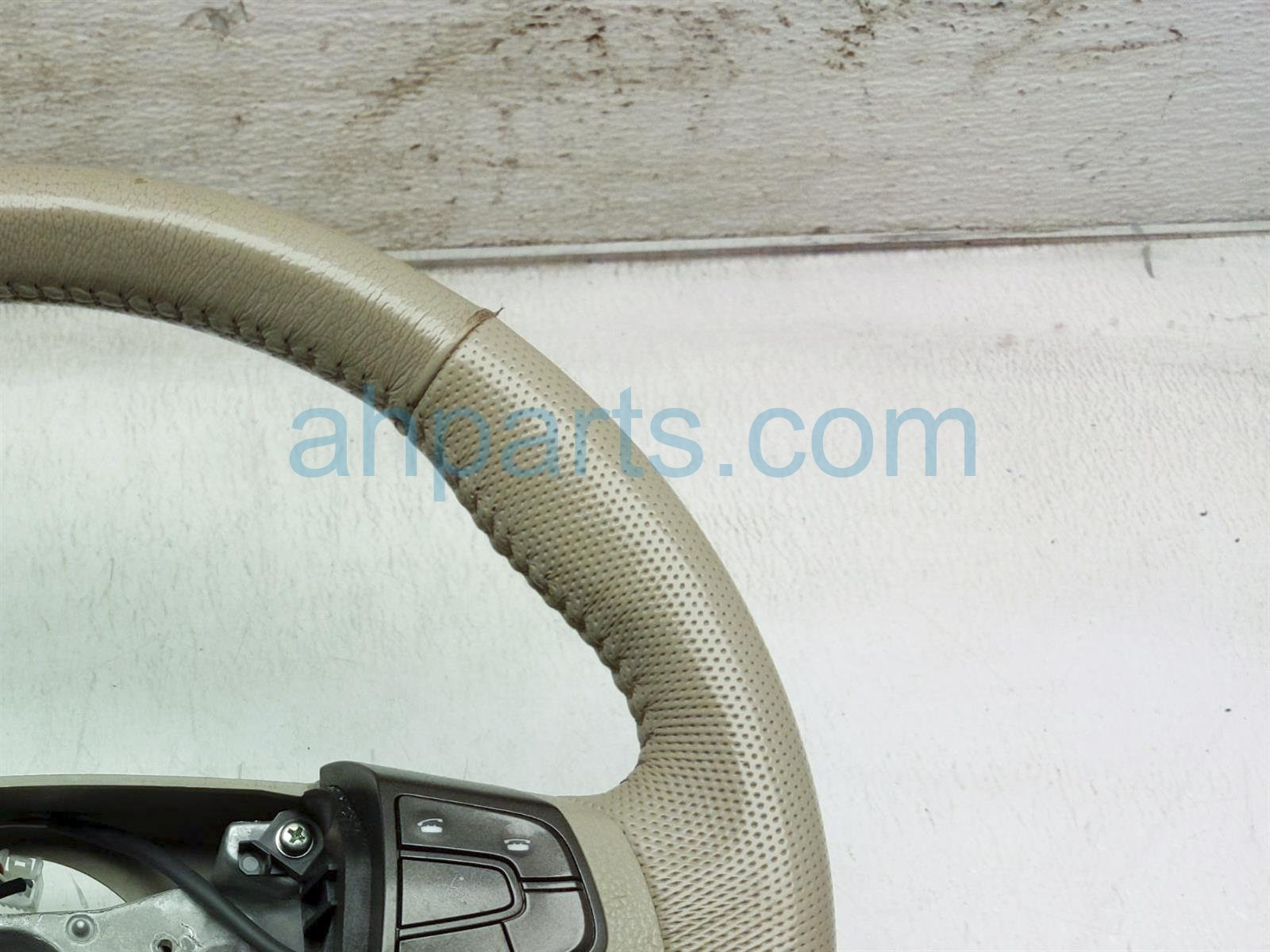 2013 Toyota Sienna Steering Wheel   Tan Leather 45100 08220 E0 Replacement