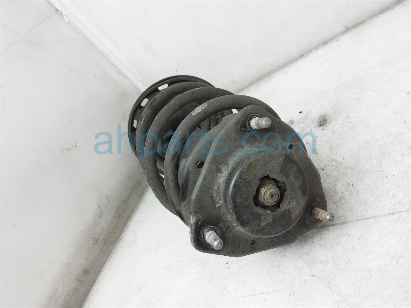2013 Toyota Sienna Front Passenger Strut + Spring 48510 A9890 Replacement