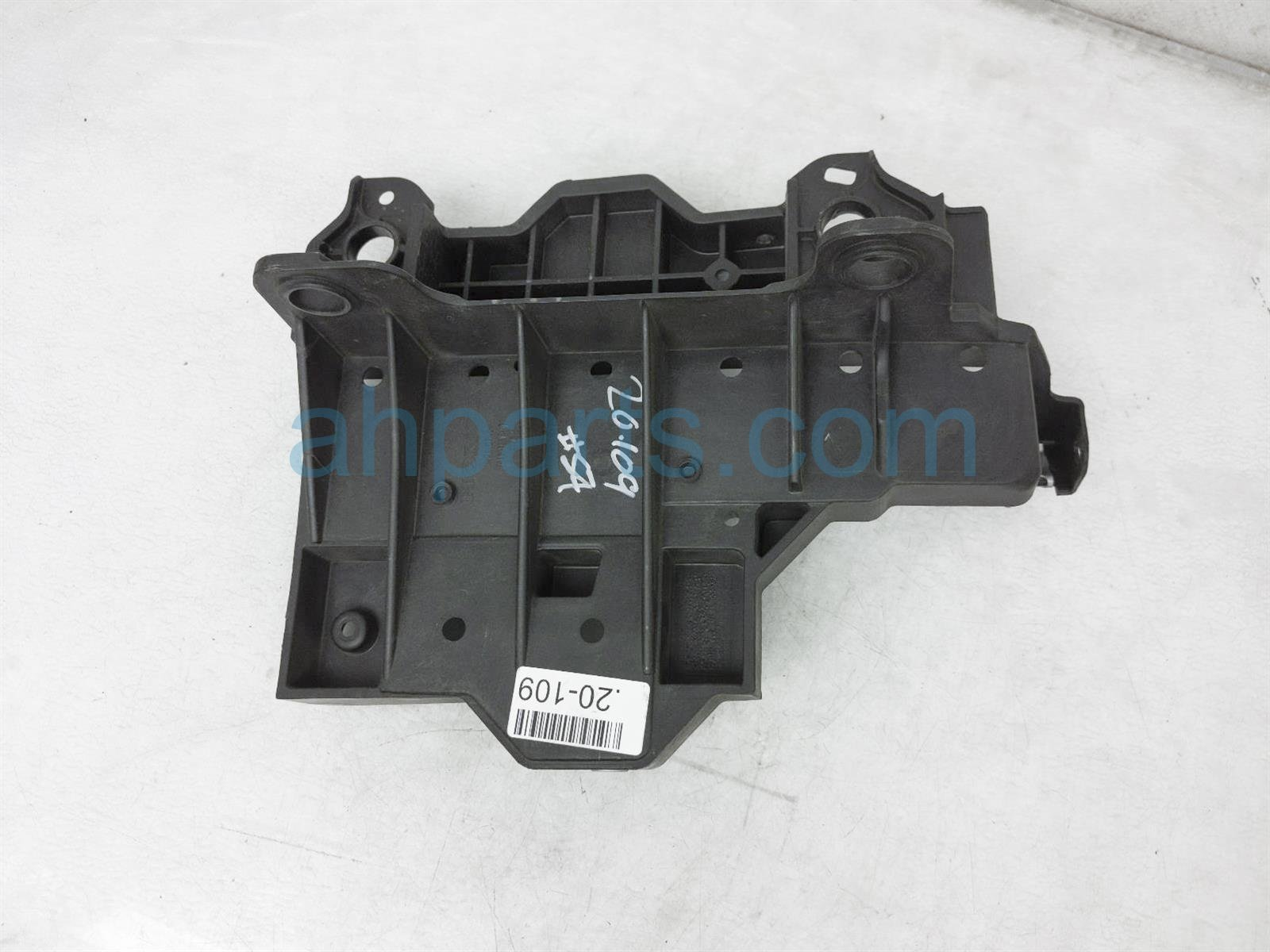 Sold 2019 Honda Pilot Battery Base Tray 74190 TZ5 A11 Replacement