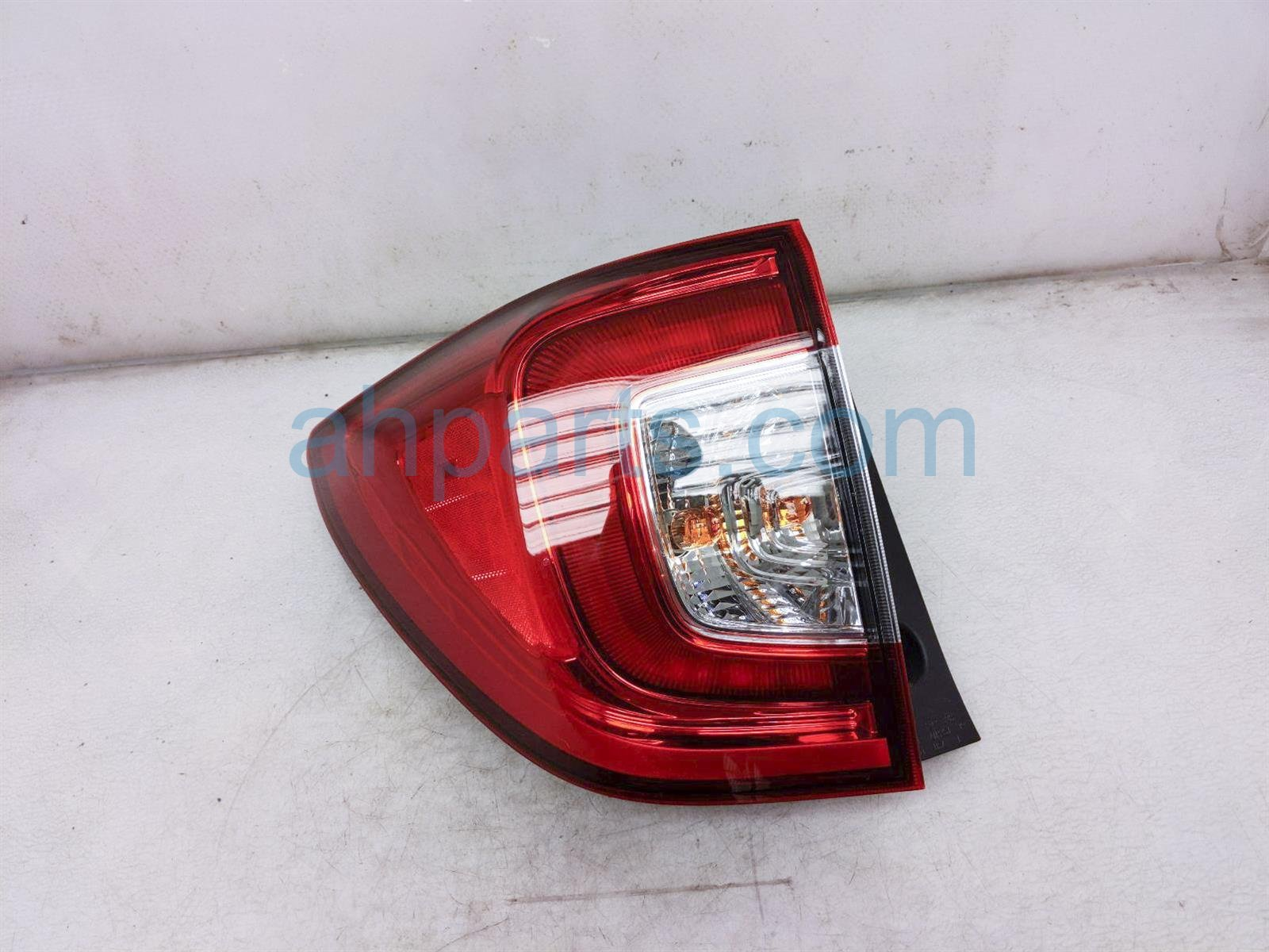 2019 Honda Passport Light / Rear Driver Tail Lamp (on Body) 33550 TGS A01 Replacement