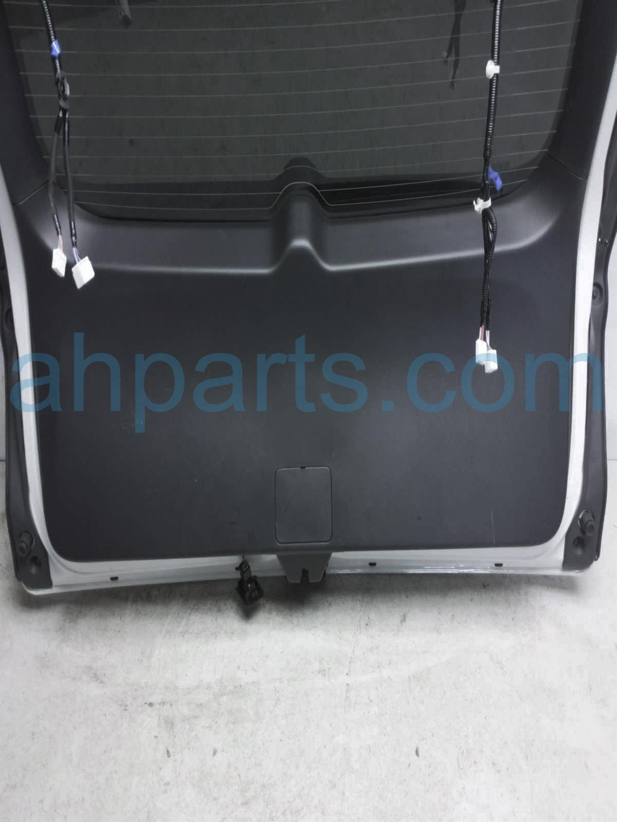 2019 Honda Passport Deck Trunk Lid Lift Gate / Tail Gate   White 68100 TGS A01ZZ Replacement