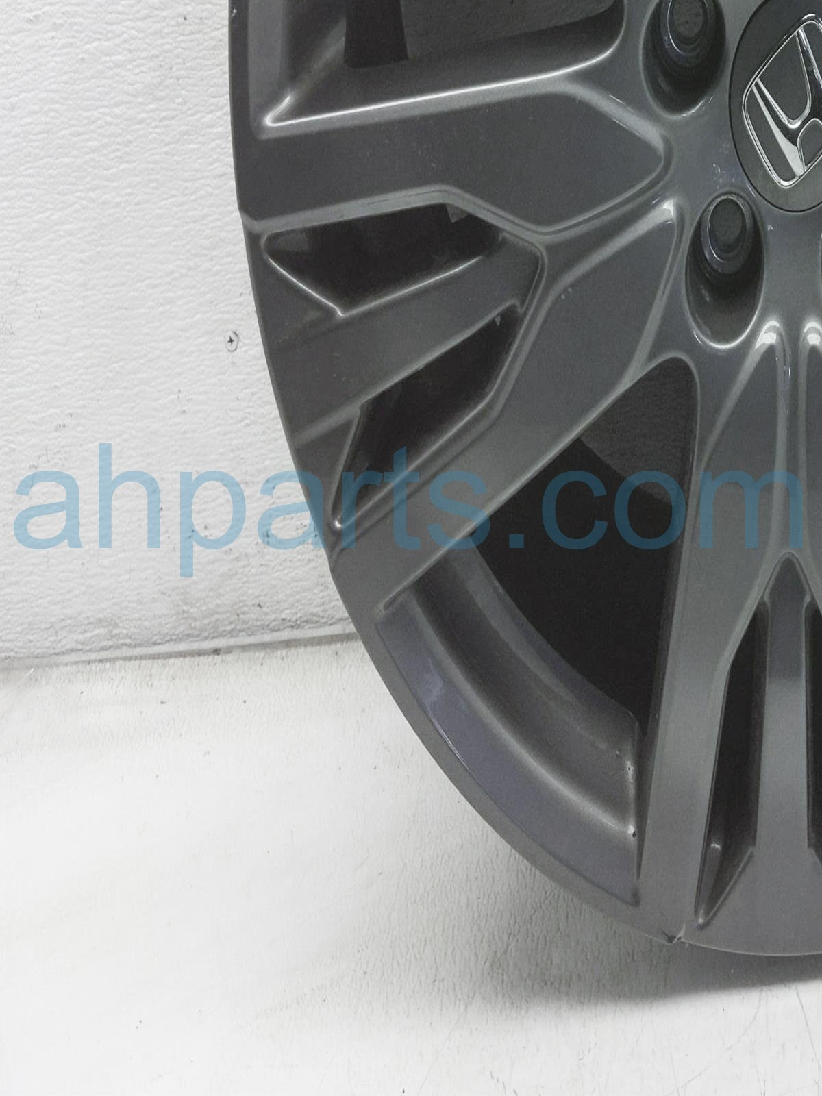 2019 Honda Passport Front Passenger Wheel/rim   Scuffs / Nick 08W20 TG7 101A Replacement