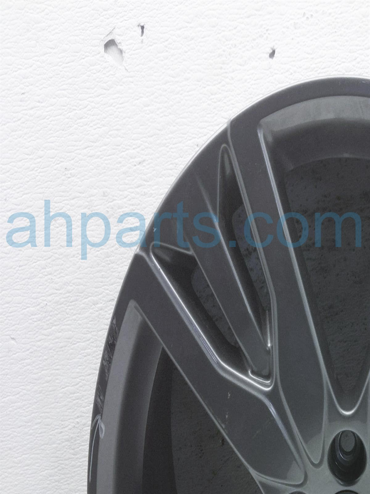 2019 Honda Passport Rear Passenger Wheel/rim   Tiny Scuff 08W20 TG7 101A Replacement