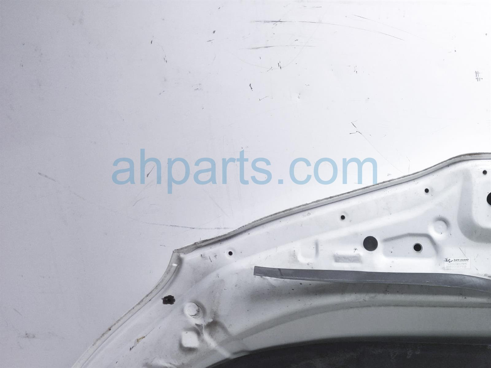 Sold 2013 Toyota Sienna Hood   White 53301 08040 Replacement