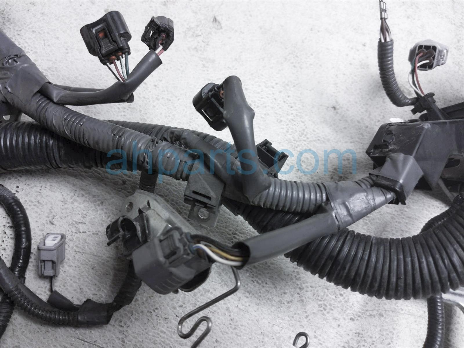 2013 Toyota Sienna Engine Wire Harness 82121 08110 Replacement