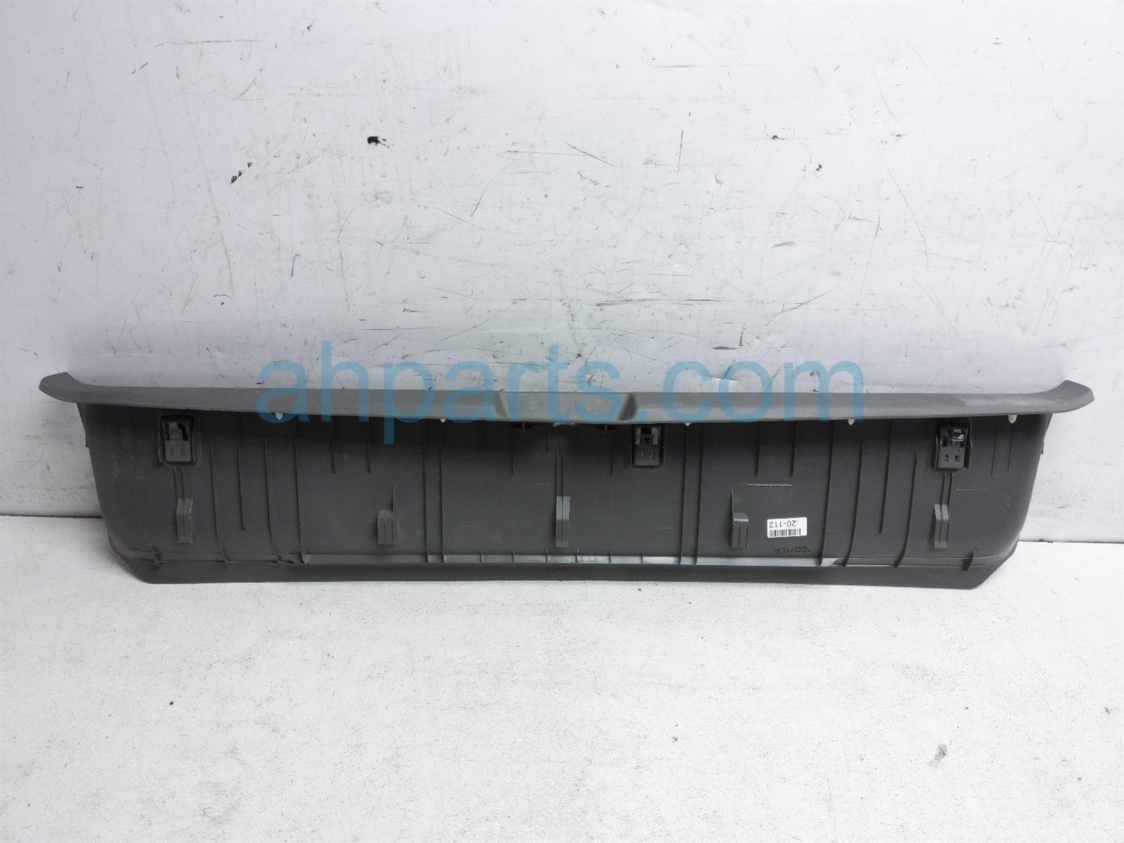 2013 Toyota Sienna Cargo Rear Scuff Plate Trim Cover 67935 08020 B1 Replacement