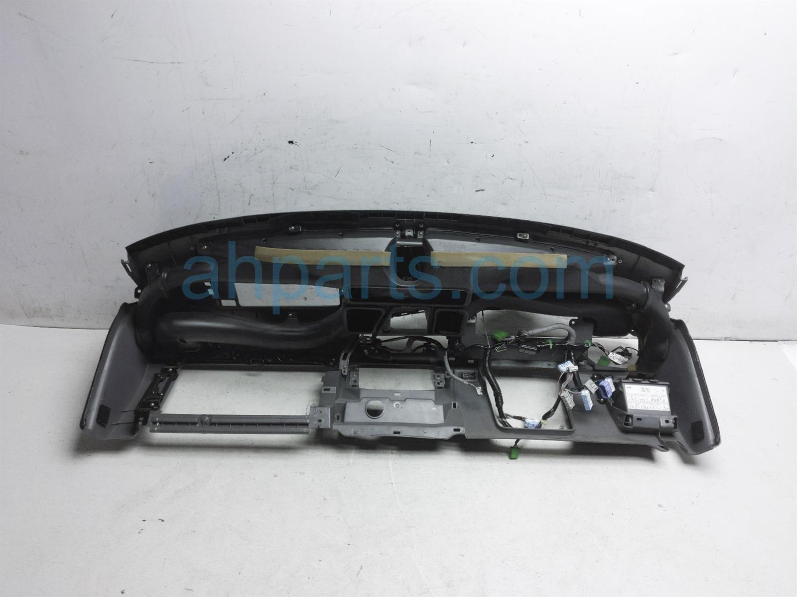 2003 Honda Insight Dashboard No Air Bag   Black 77100 S3Y A01ZA Replacement