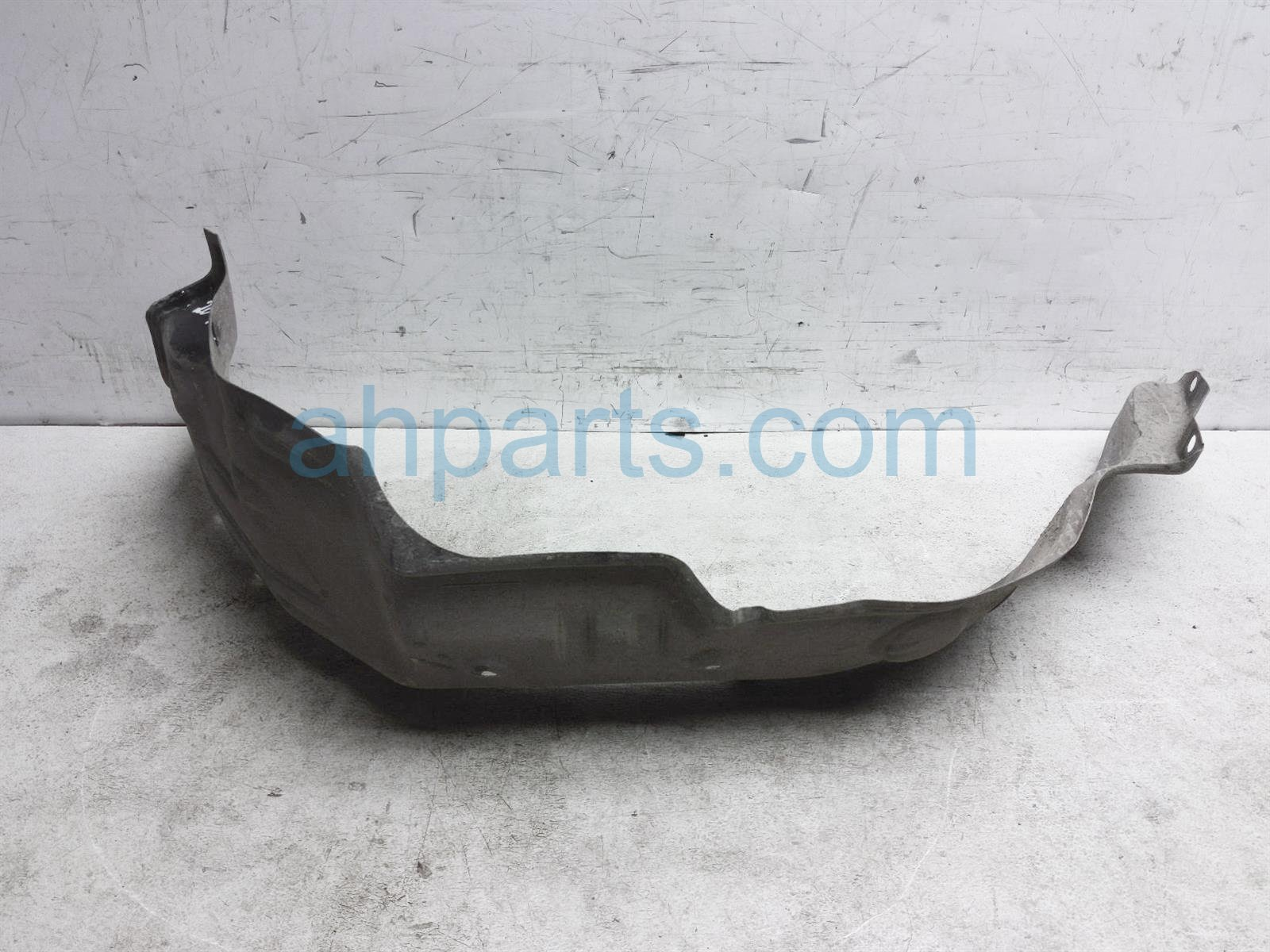 2000 Toyota Tacoma Rear Driver Inner Fender Liner 65638 04020 Replacement