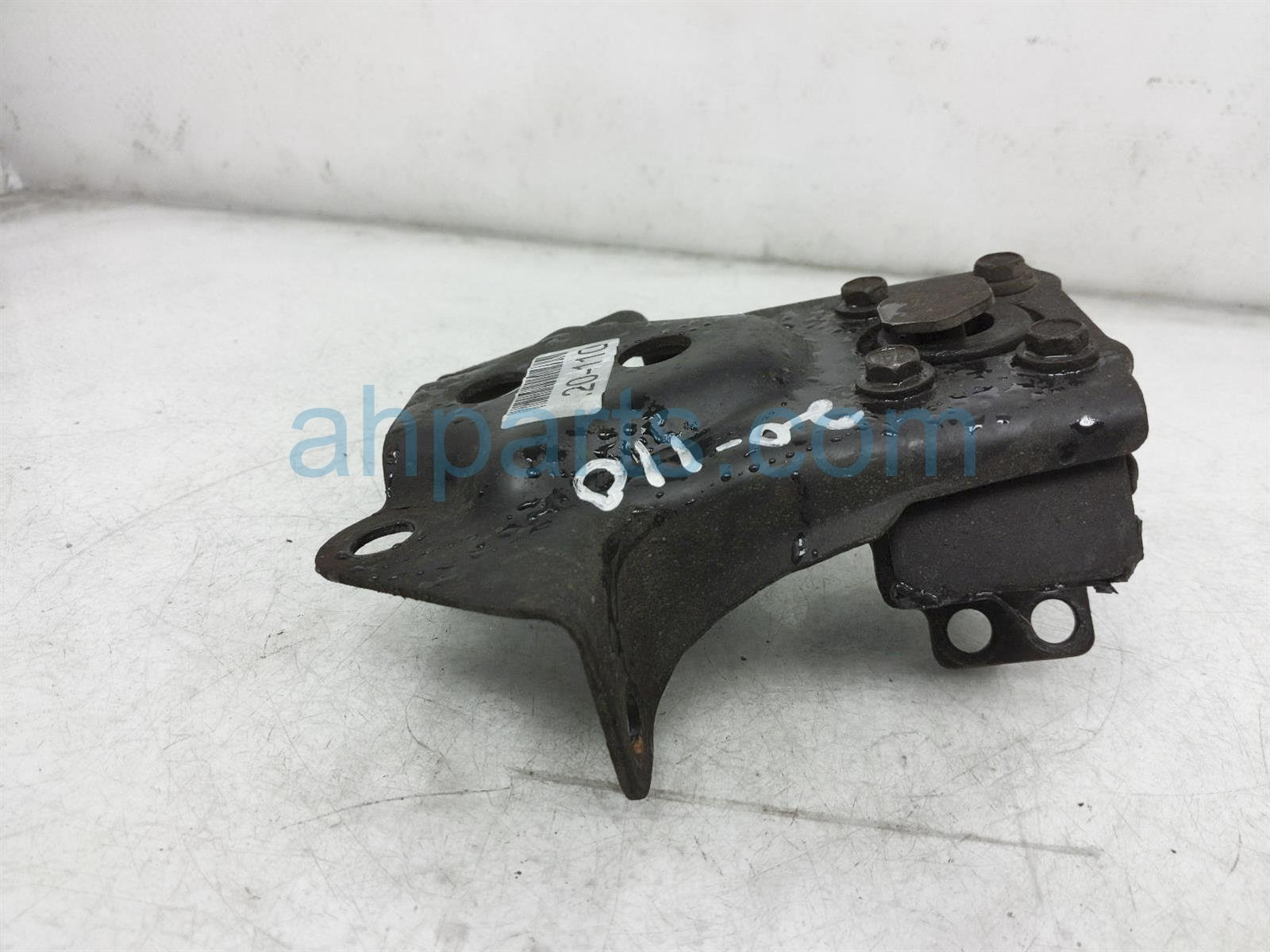 2000 Toyota Tacoma Engine/motor Rear Engine Mount 12371 0C010 Replacement