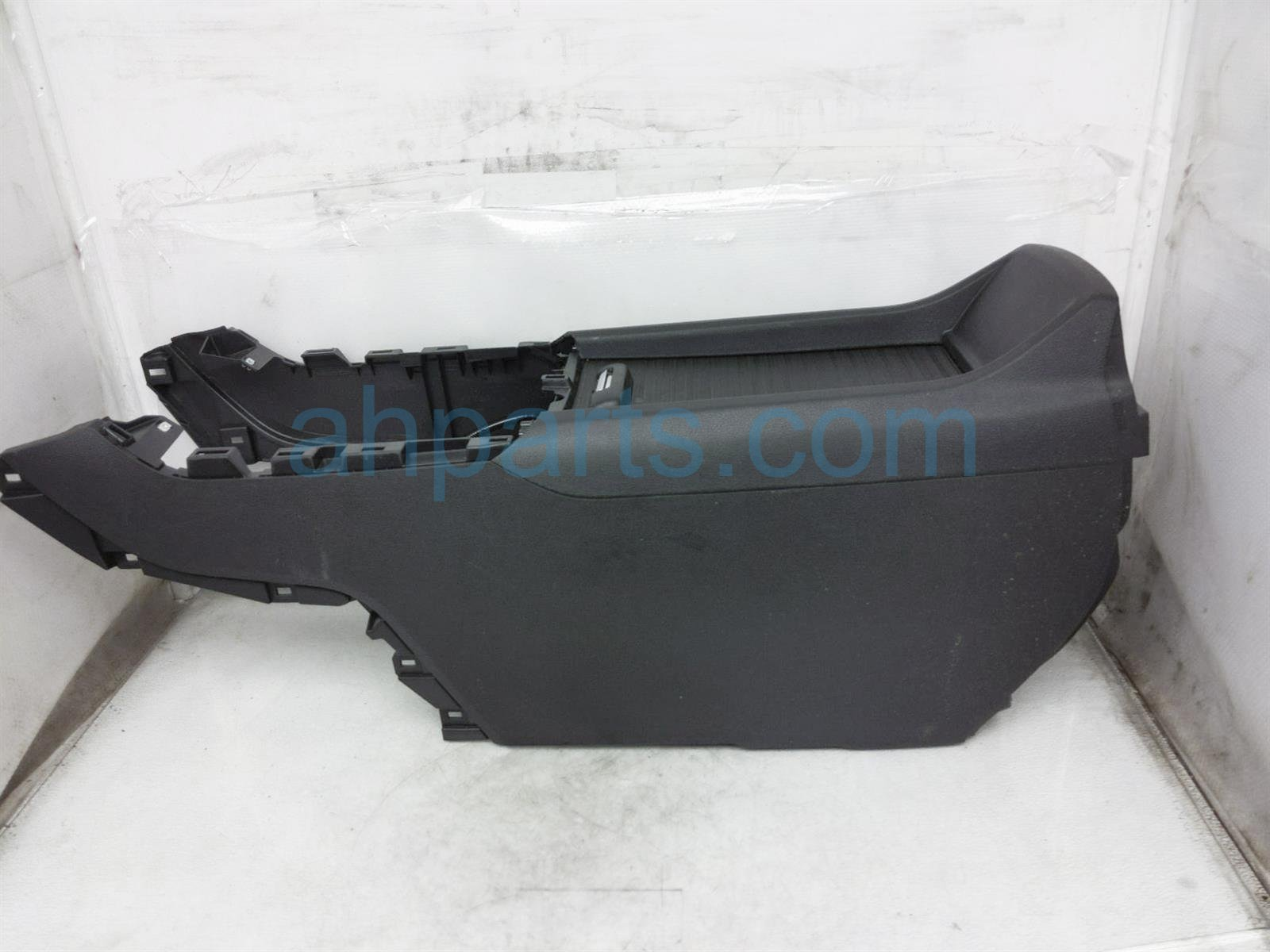 2019 Honda Passport Center Console Box Assy   Black 83413 TG7 A11 Replacement