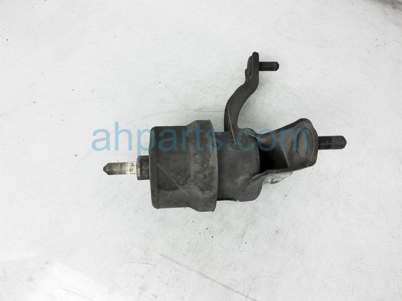 2013 Toyota Sienna Engine/motor Passenger Side Engine Mount 12362 0P051 Replacement