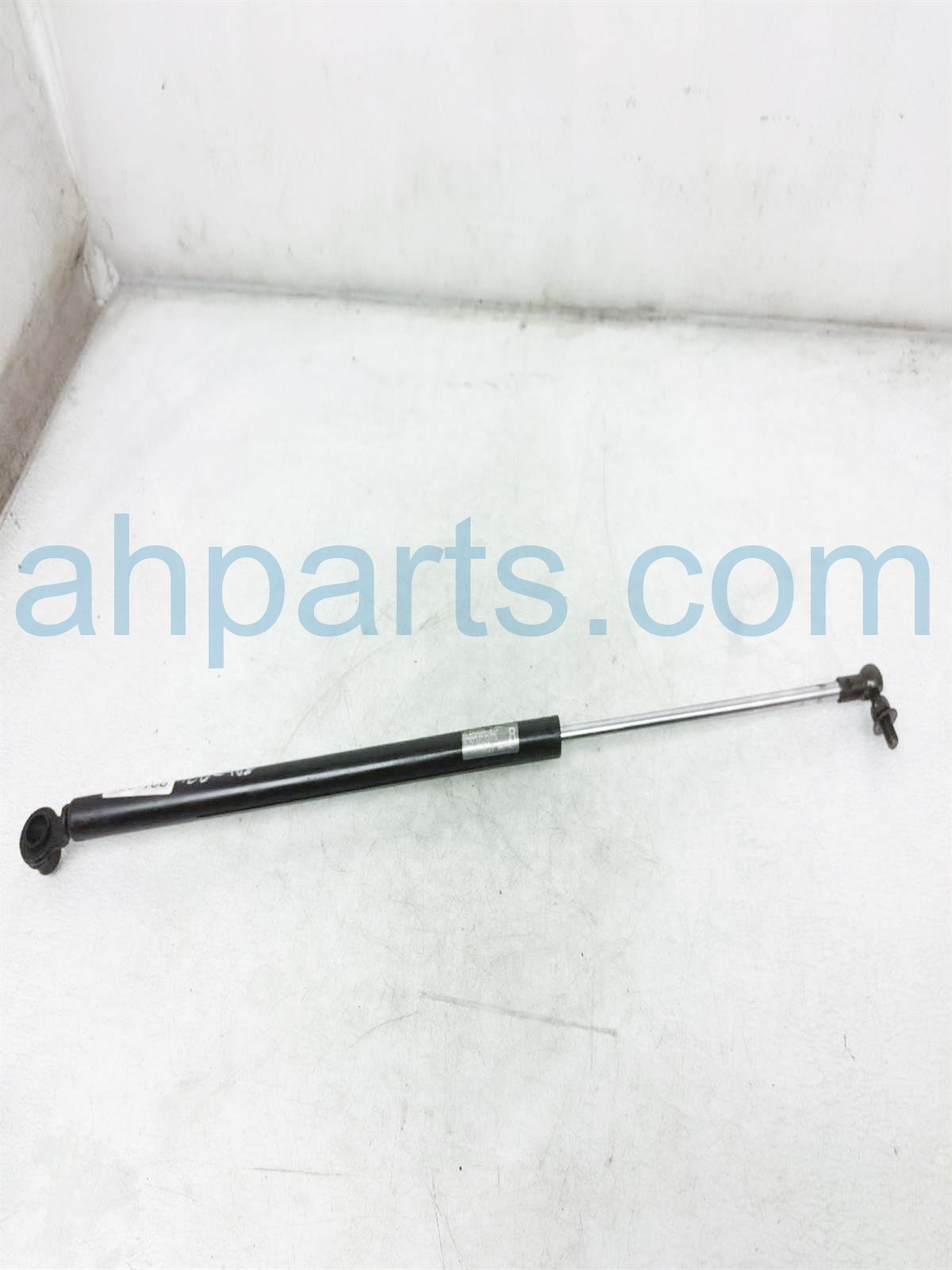 2003 Honda Insight Passenger Trunk Tail Gate Lift Strut 04741 S3Y 000 Replacement