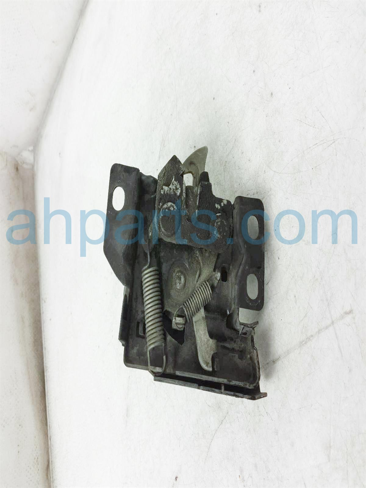 2003 Honda Insight Hood Latch 74120 S3Y A01 Replacement